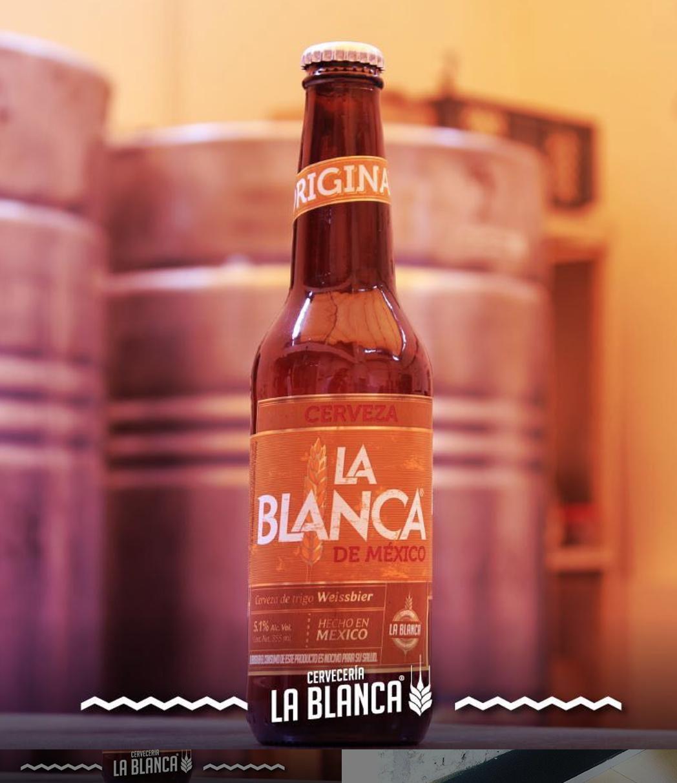 LA BLANCA   @facebook   @  instagram