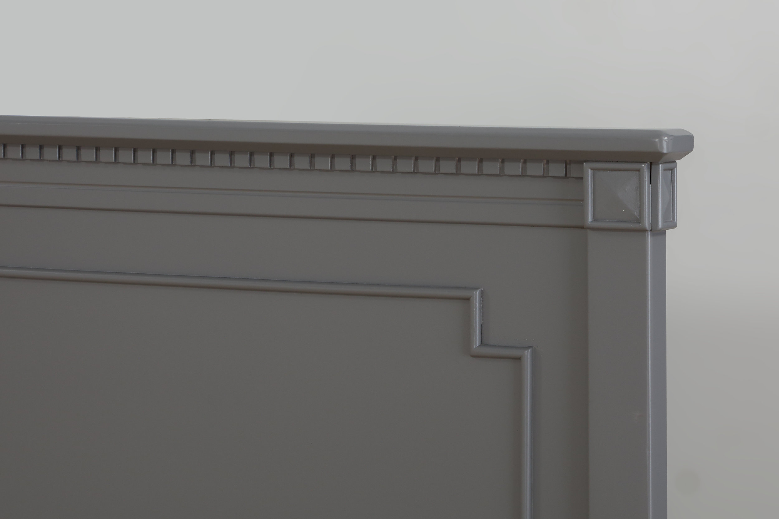 HR Belgian Crib Headboard Close Up - Pebble Grey.jpg