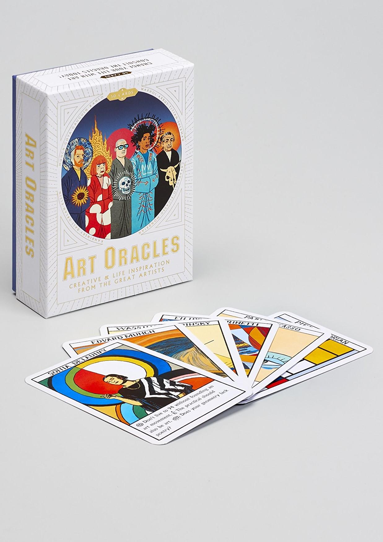 """ART ORACLES : CREATIVE & LIFE INSPIRATION FROM THE GREAT ARTISTS  20 000 F CFA     50 CARTES - JEU DE TAROT - INSPIRATION CREATIVE ET CONSEILS DE VIE DES PLUS GRANDS ARTISTES""""   """"Un jeu de cartes oracles divertissant, inspiré des plus grands artistes. Prêtez-vous au jeu en demandant conseil et laissez-vous guider. Découvrez ce que Warhol, Matisse, Kahlo et d'autres grands feraient à votre place. Le coffret comprend 50 cartes illustrées et un livret d'instructions comprenant les biographies des artistes."""""""