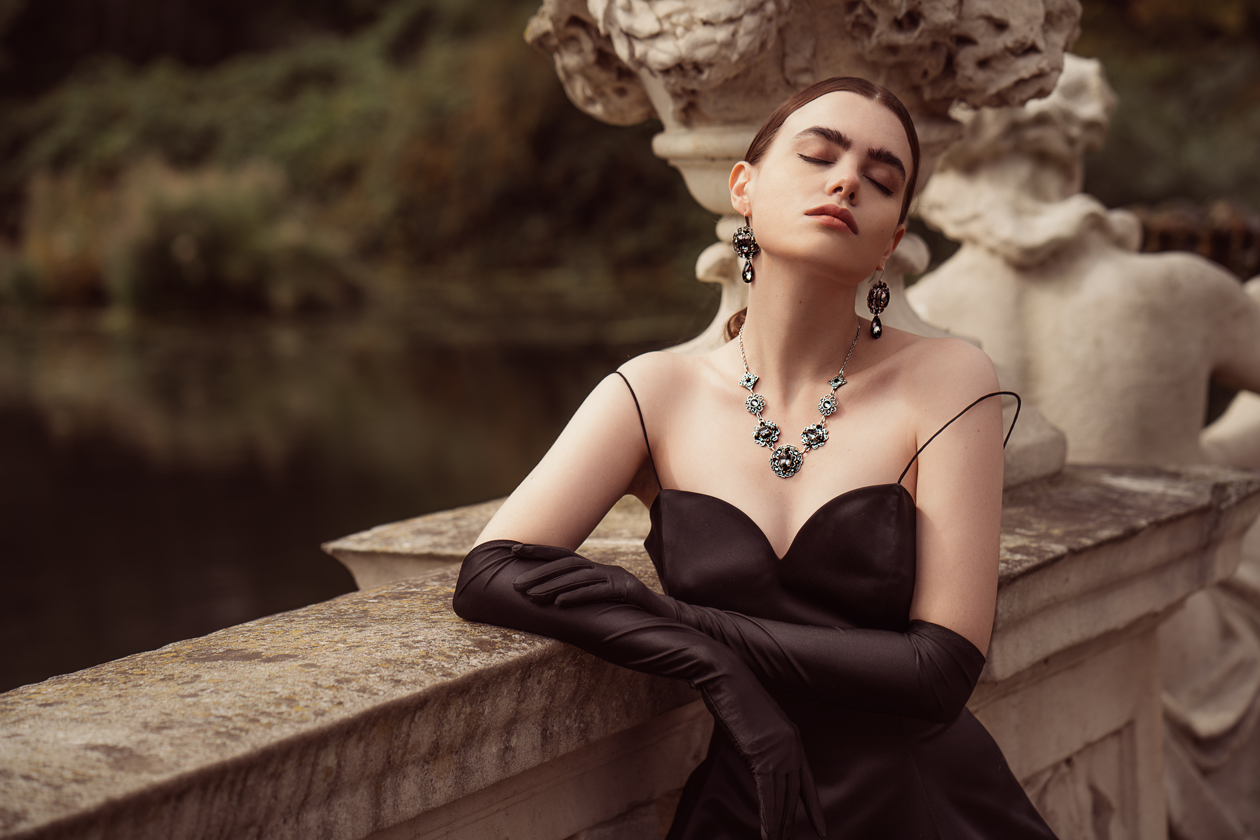 GILL-CLEMENT-MUSE-COLLECTION-JEWELLERY-SHOP-ONLINE-LOOK-BOOK-2.jpg