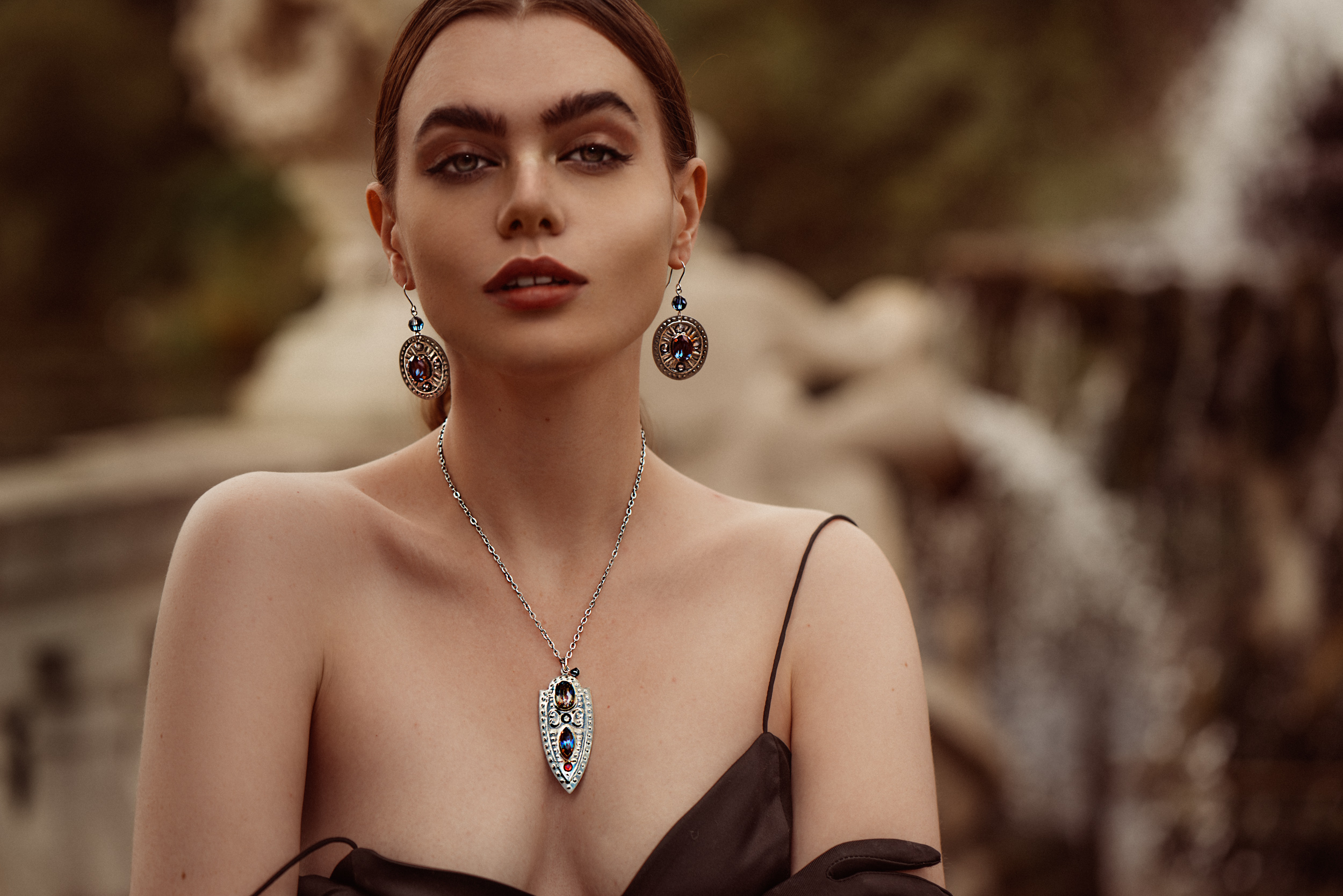 GILL-CLEMENT-MUSE-COLLECTION-JEWELLERY-SHOP-ONLINE-LOOK-BOOK-6.jpg