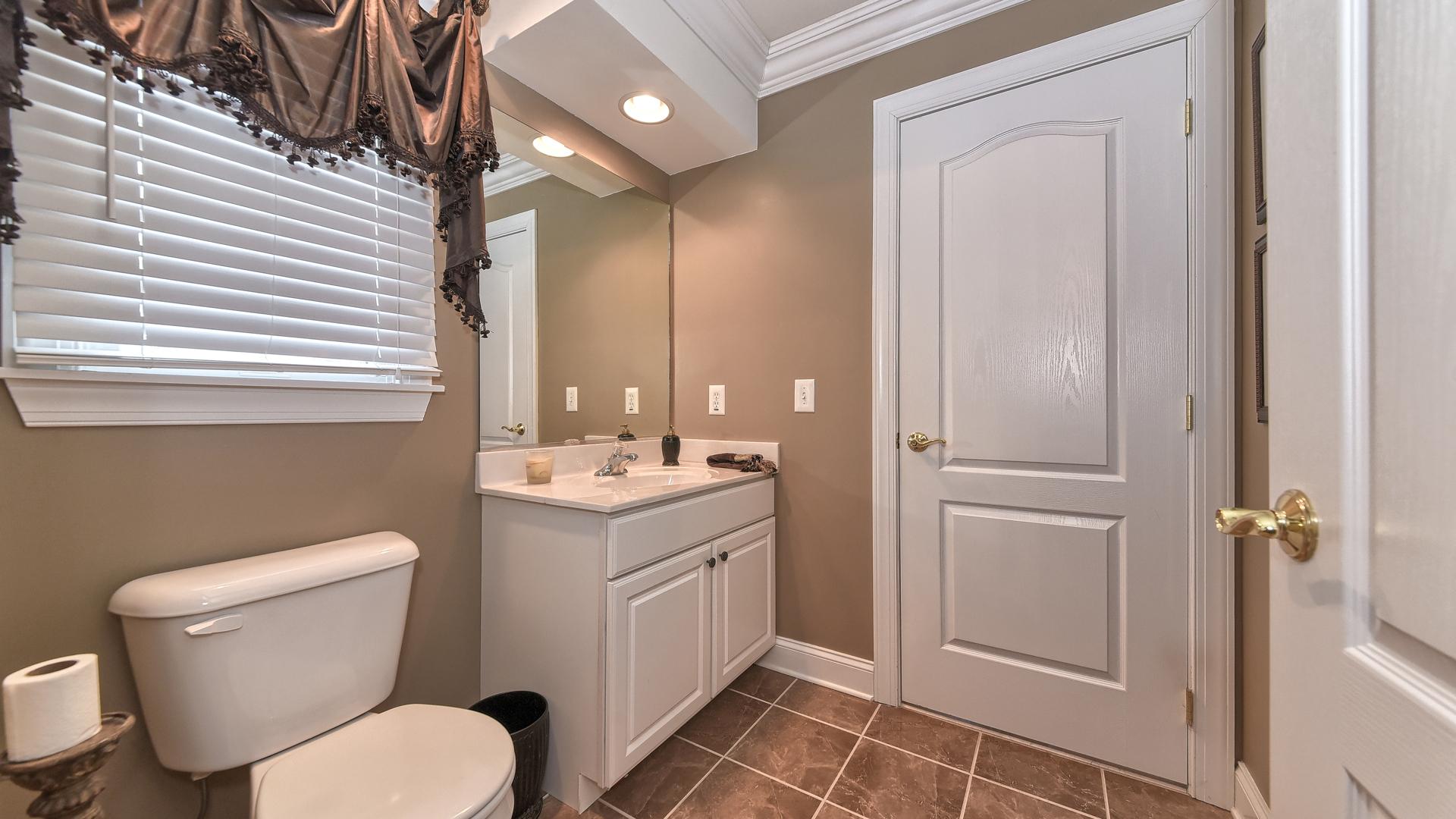 Guest Bedroom Bath.jpg