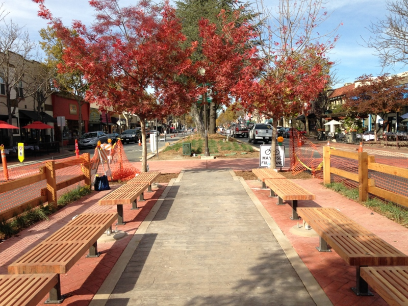 Pedestrian Plaza at 3rd and Monterey Streets