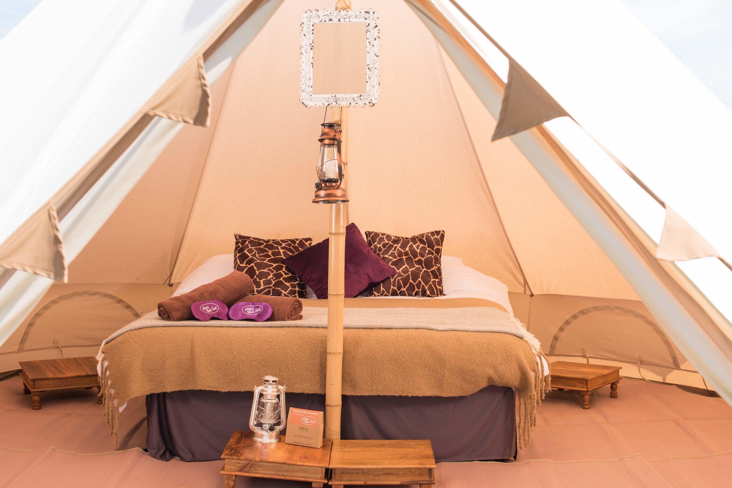 4, hotel-bell-tent-deluxe-double.jpg