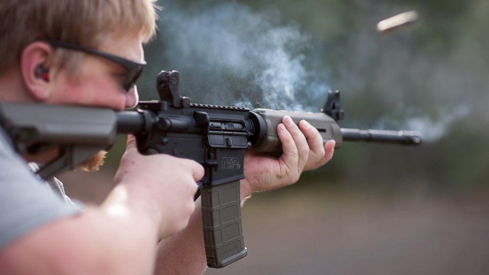 GTY_ar-15_rifle_jef_160612_16x9_992.jpg