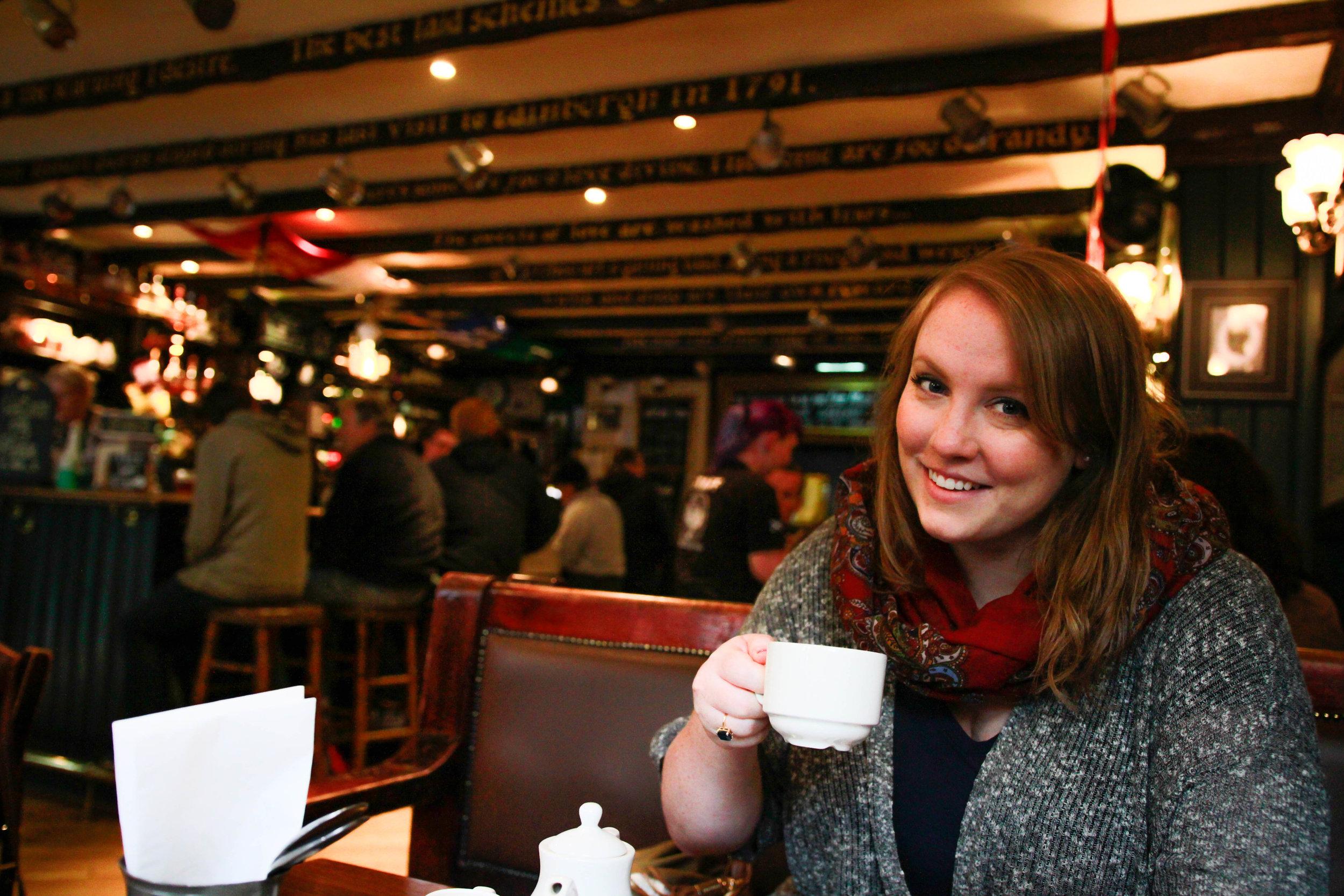 Travel Blogger | Edinburgh Scotland | Destination Elopement & Wedding Photographer | Travel Photography & Tips | Maral Noori Photography