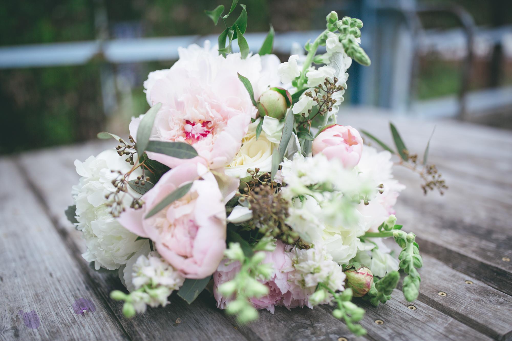 Aileen & Max | DC & Virginia Wedding Photographer | Maral Noori Photography | Blush Cream & Green Bouquet