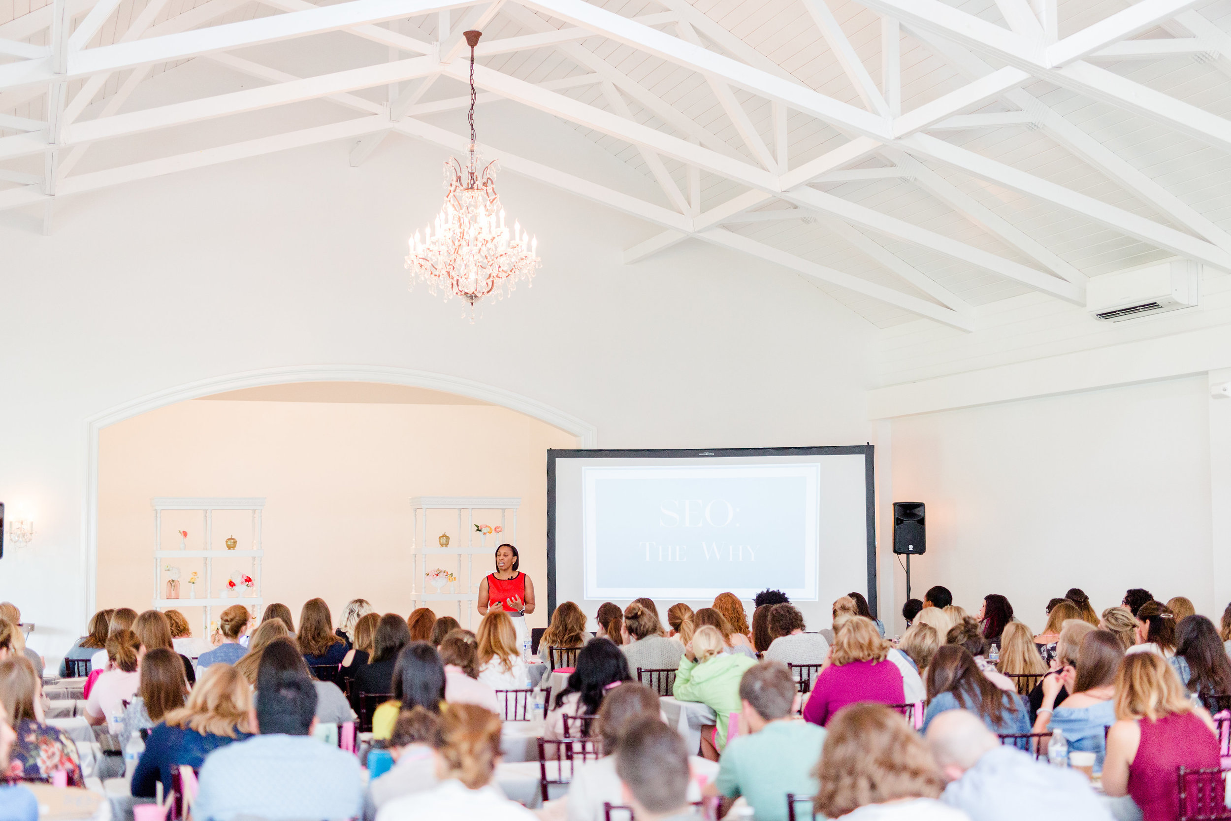 Merrimon-Wynne-Creative-At-Heart-Conference-Raleigh-North-Carolina-Holly-Felts-Photography-165.jpg