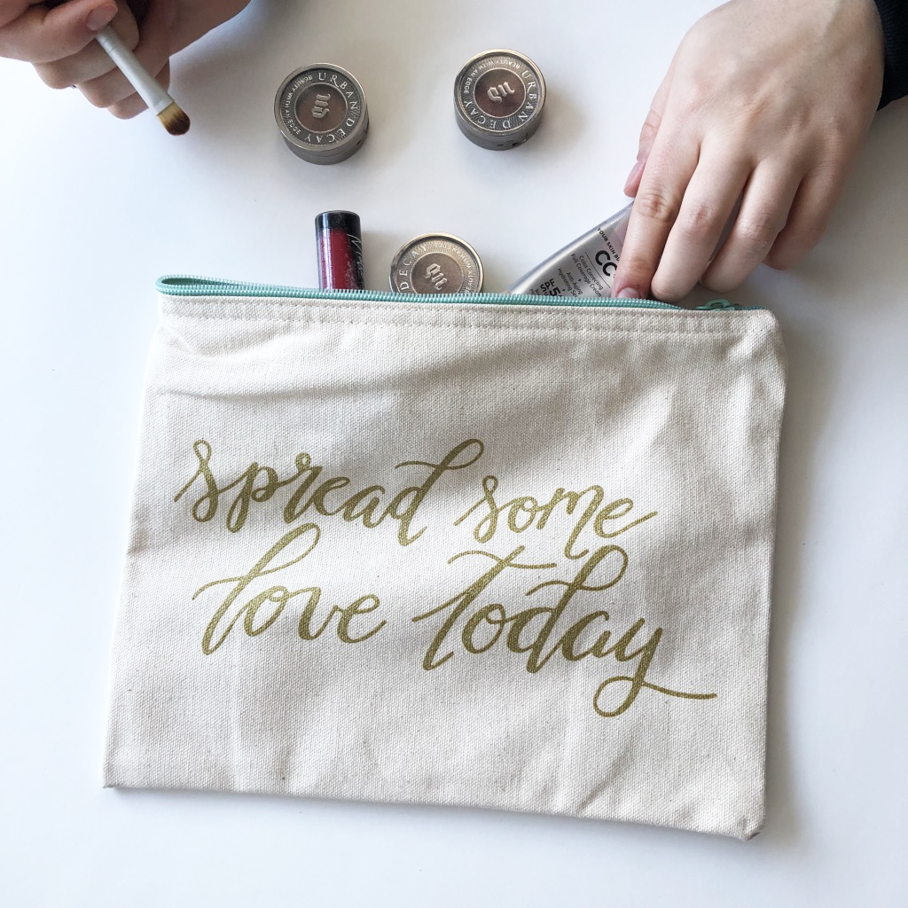 The canvas pouch/bag to store your greeting cards, pens, pencils, makeup, coupons, and more. (Makeup products are not included with purchase. The products are just props.)