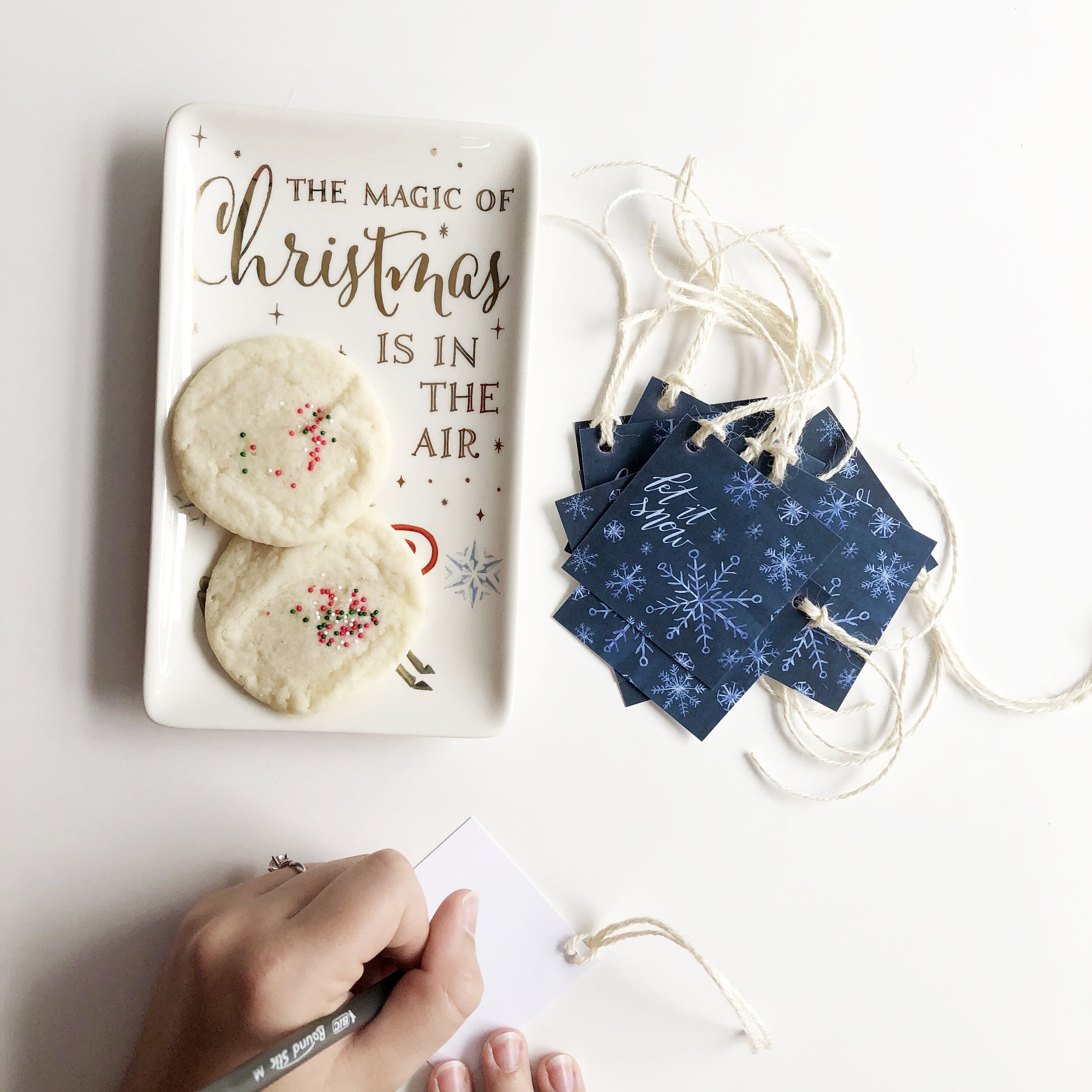 Last, but not least, is  Let It Snow  gift tags.
