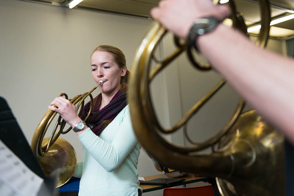 Hannah Teminsky, horn.  Photo: Paul Joseph/UBC