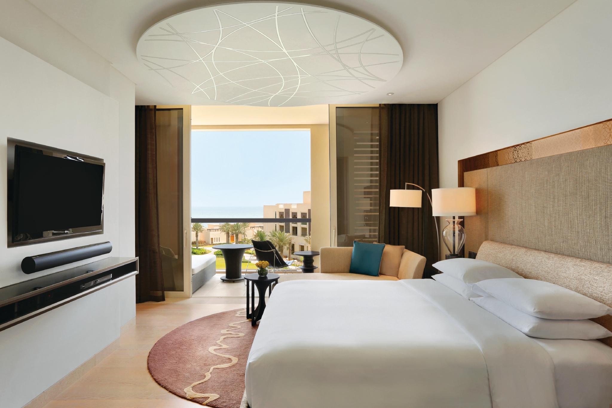 Design locale - 306 lussuose camere, Suite e Ville che fondono armoniosamente l'eleganza sobria ed il fascino di tradizioni tipiche degli UAE.