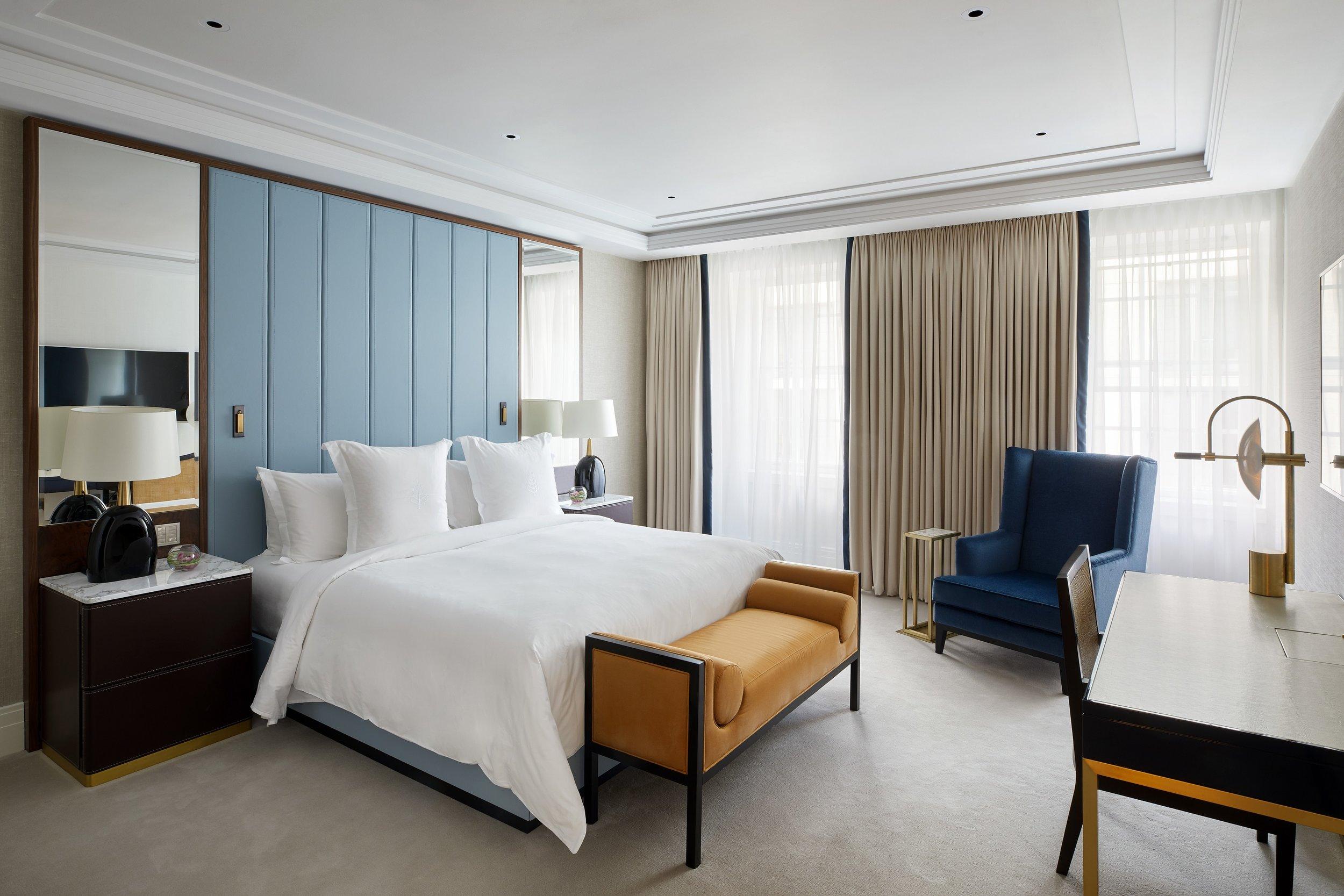 Sofisticatezza in ogni dettaglio - L'eleganza ed il lusso non conoscono confini al FS Ten Trinity: la raffinatezza degli ambienti diurni si distingue anche nelle meravigliose camere da letto.