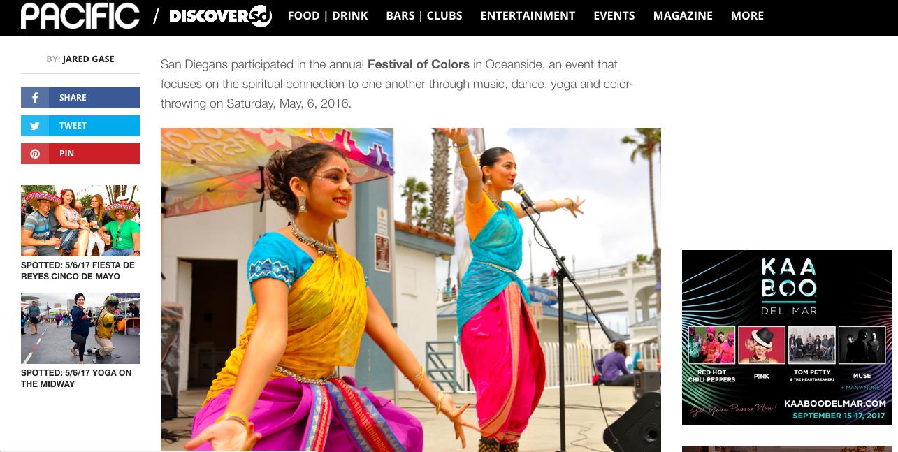 Aakansha Maheshwari and Malini Taneja conducting a Bharatanatyam Workshop at the Festival.