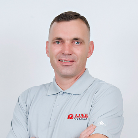 QLine-staff16-005.jpg