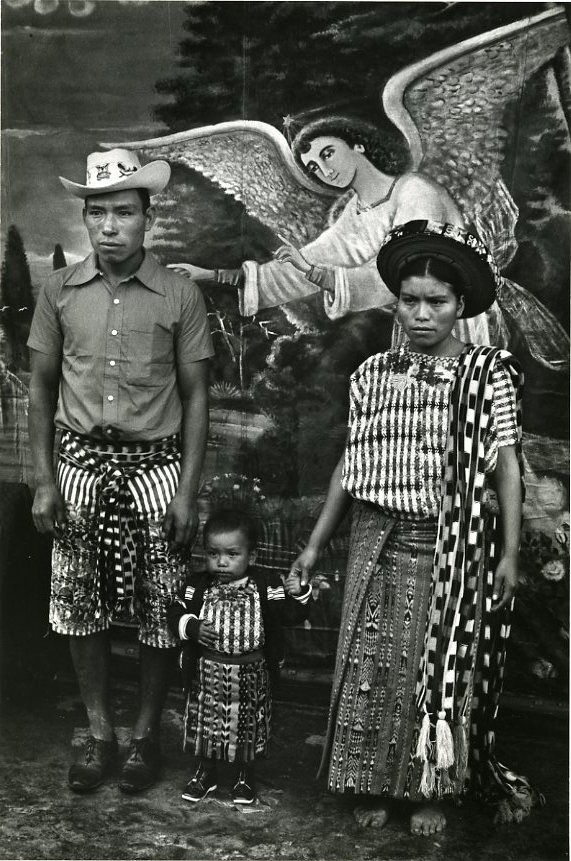 Family Group with Angel, Santiago Atitlán