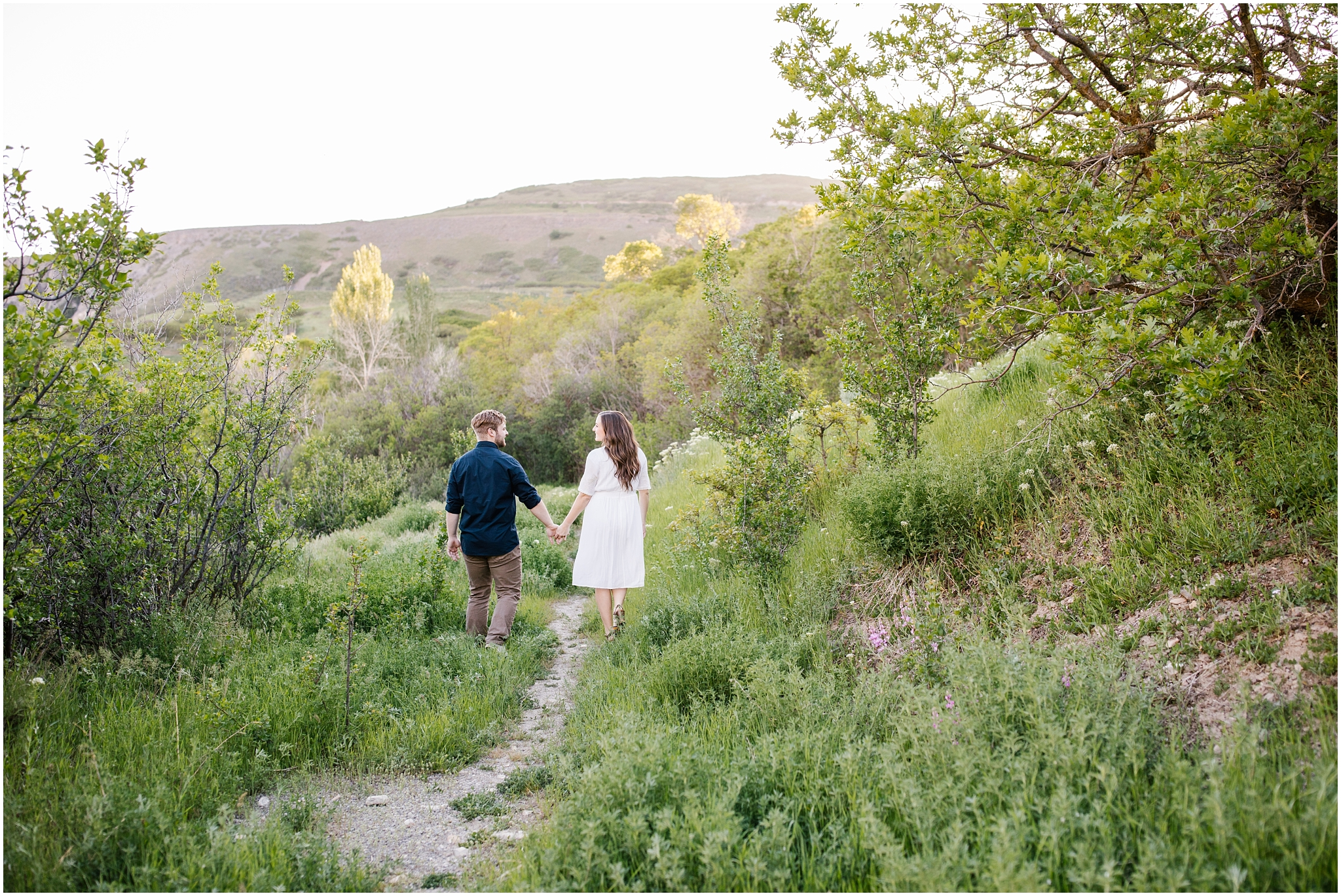 Lizzie-B-Imagery-Utah-Wedding-Photographer-Thanksgiving-Point-Payson-Temple_0134.jpg