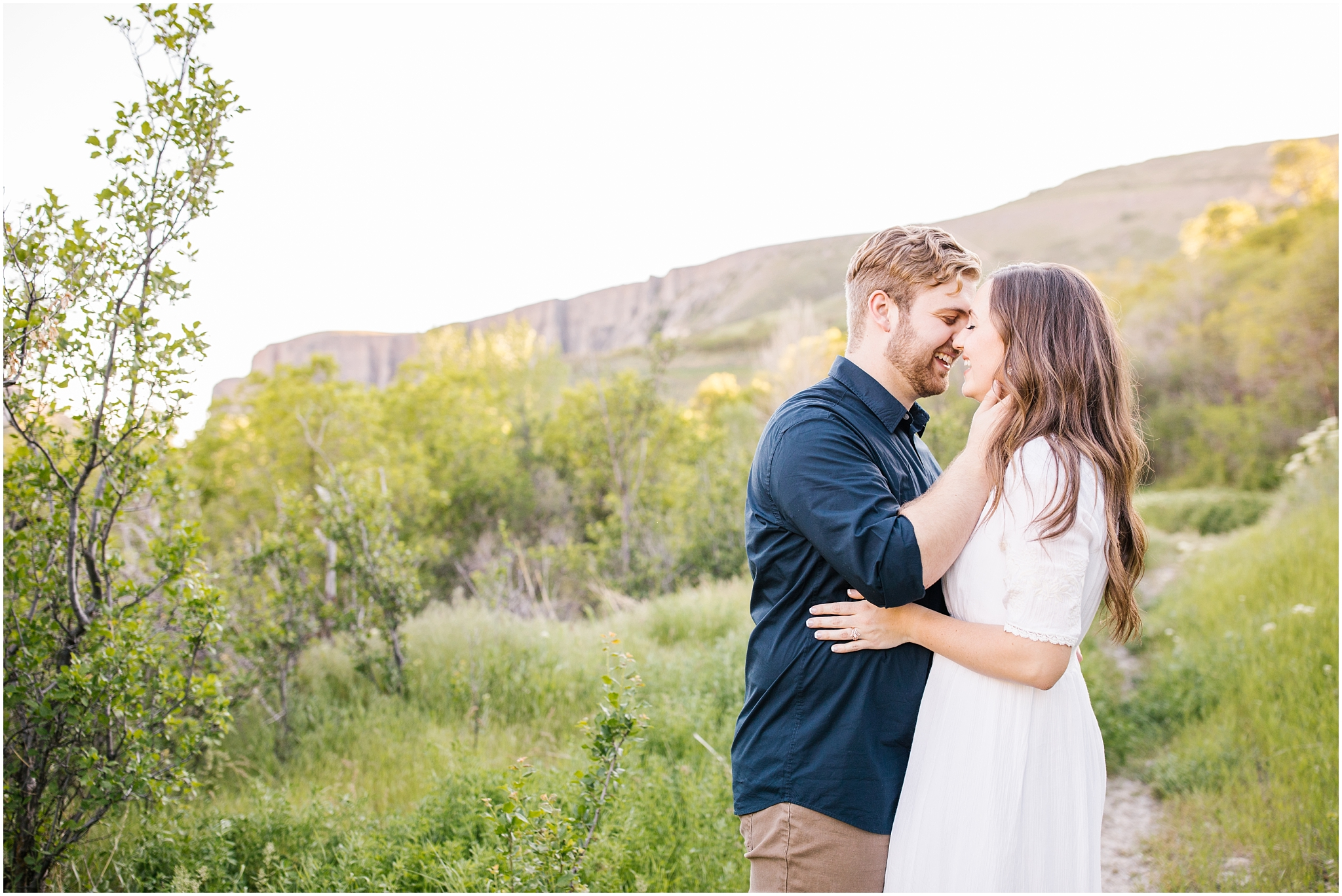 Lizzie-B-Imagery-Utah-Wedding-Photographer-Thanksgiving-Point-Payson-Temple_0136.jpg