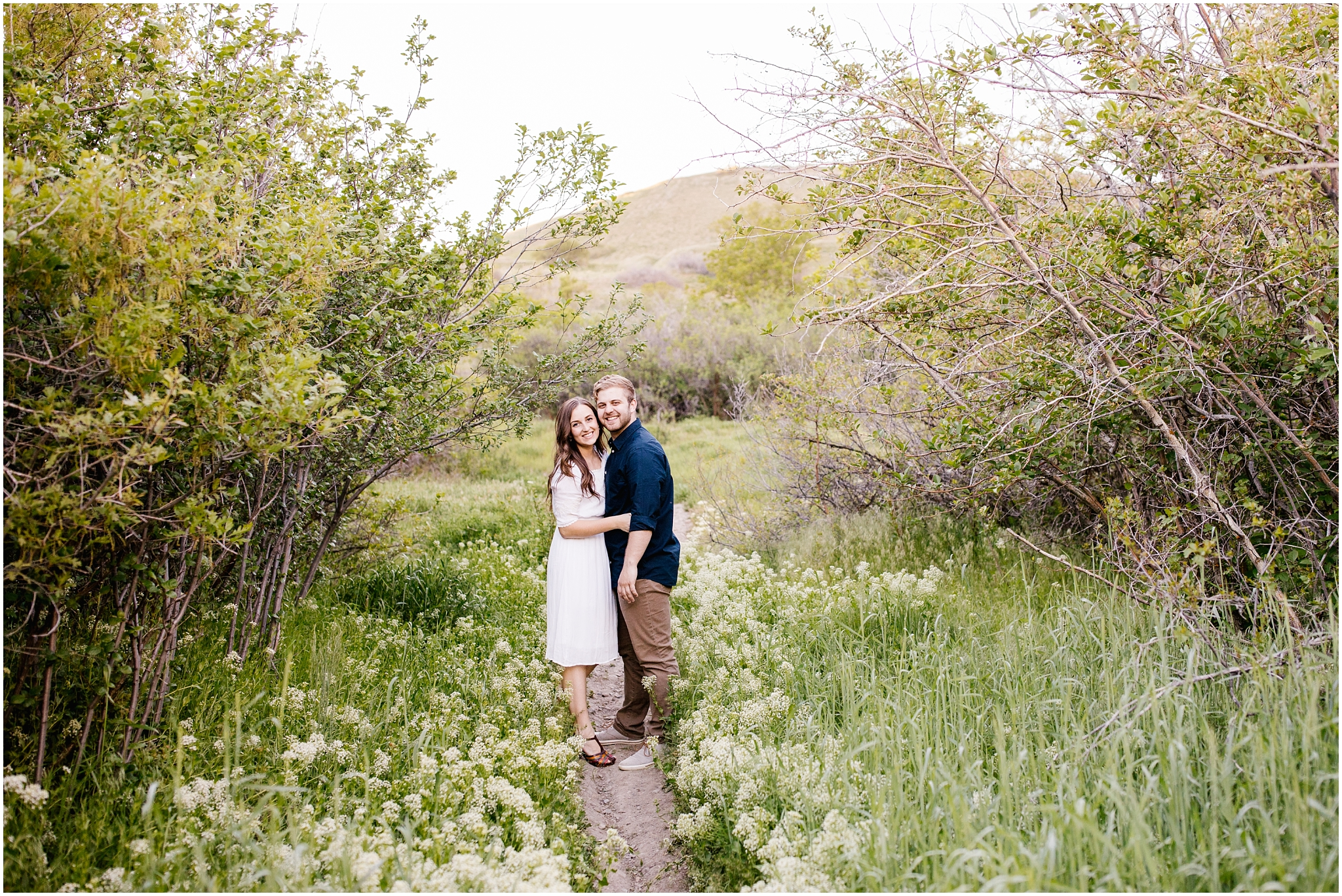 Lizzie-B-Imagery-Utah-Wedding-Photographer-Thanksgiving-Point-Payson-Temple_0143.jpg