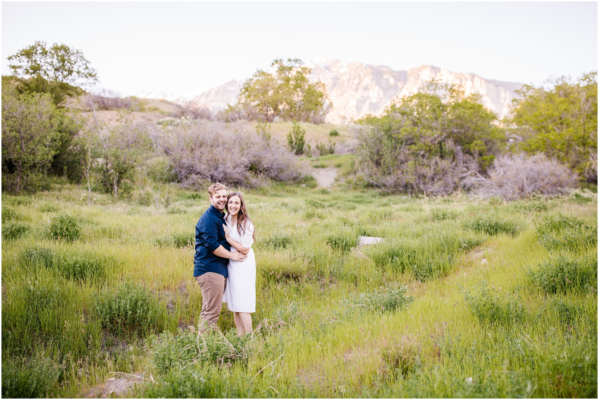 Lizzie-B-Imagery-Utah-Wedding-Photographer-Thanksgiving-Point-Payson-Temple_0145.jpg