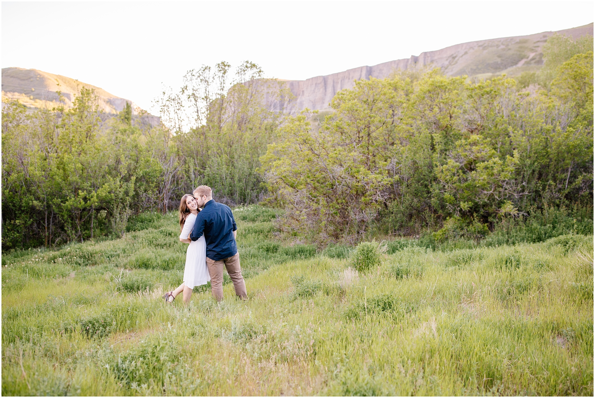 Lizzie-B-Imagery-Utah-Wedding-Photographer-Thanksgiving-Point-Payson-Temple_0148.jpg