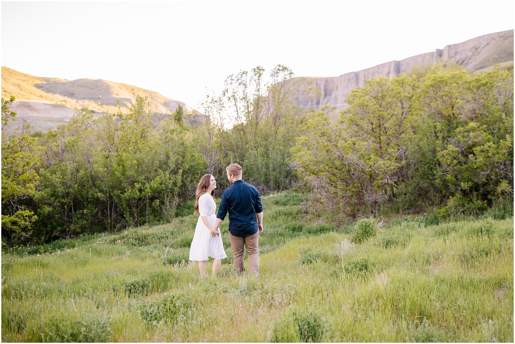 Lizzie-B-Imagery-Utah-Wedding-Photographer-Thanksgiving-Point-Payson-Temple_0149.jpg