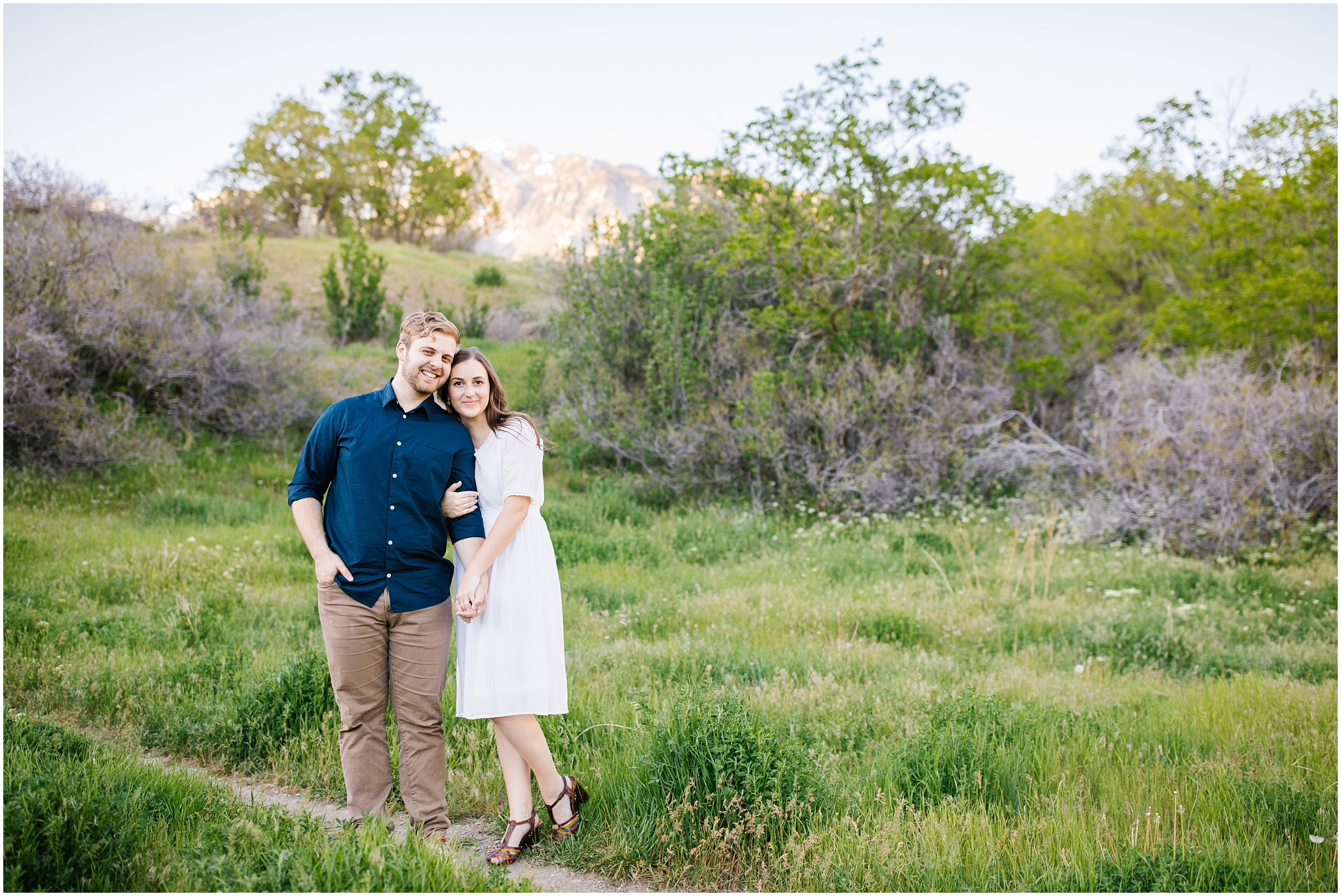 Lizzie-B-Imagery-Utah-Wedding-Photographer-Thanksgiving-Point-Payson-Temple_0151.jpg