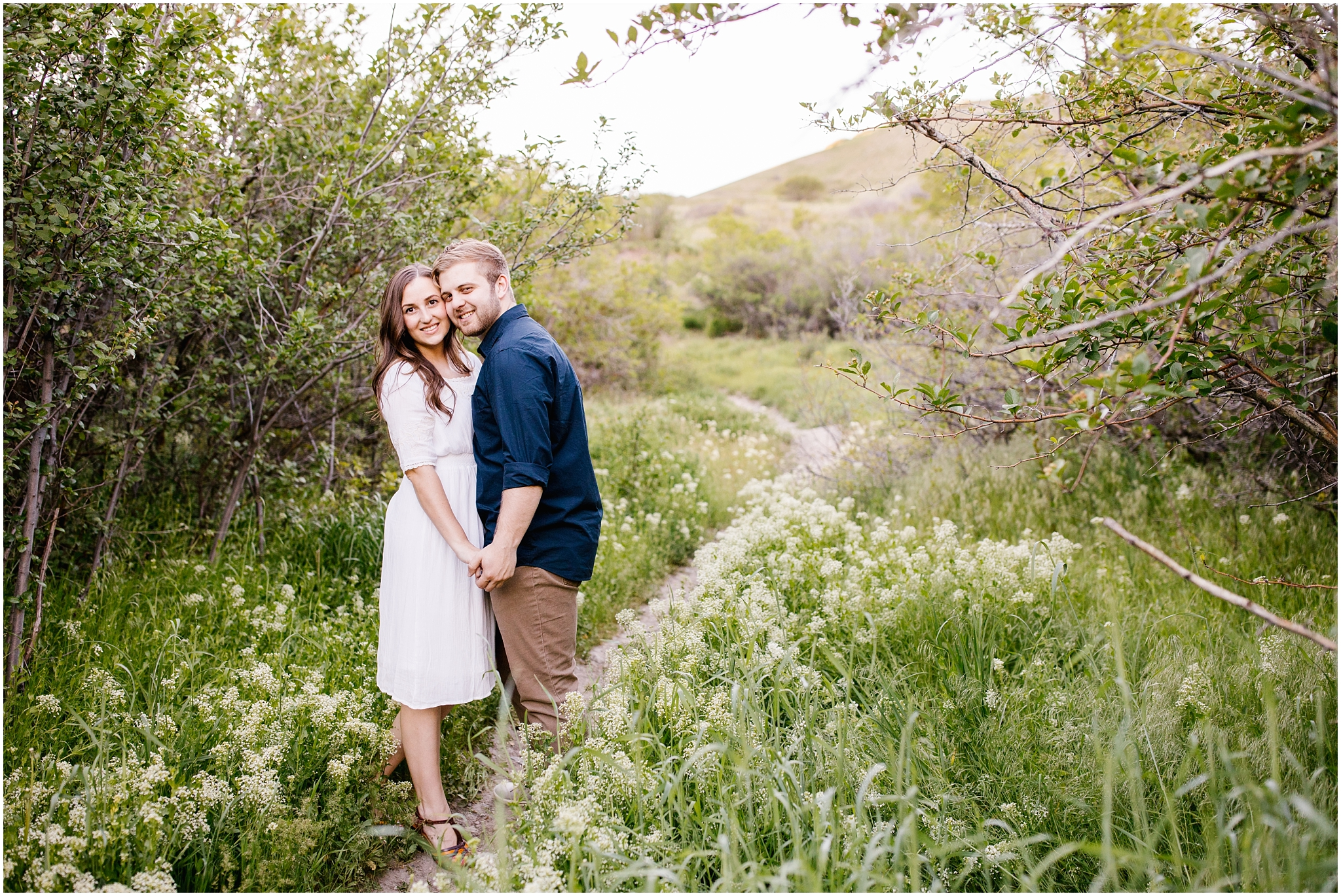 Lizzie-B-Imagery-Utah-Wedding-Photographer-Thanksgiving-Point-Payson-Temple_0165.jpg