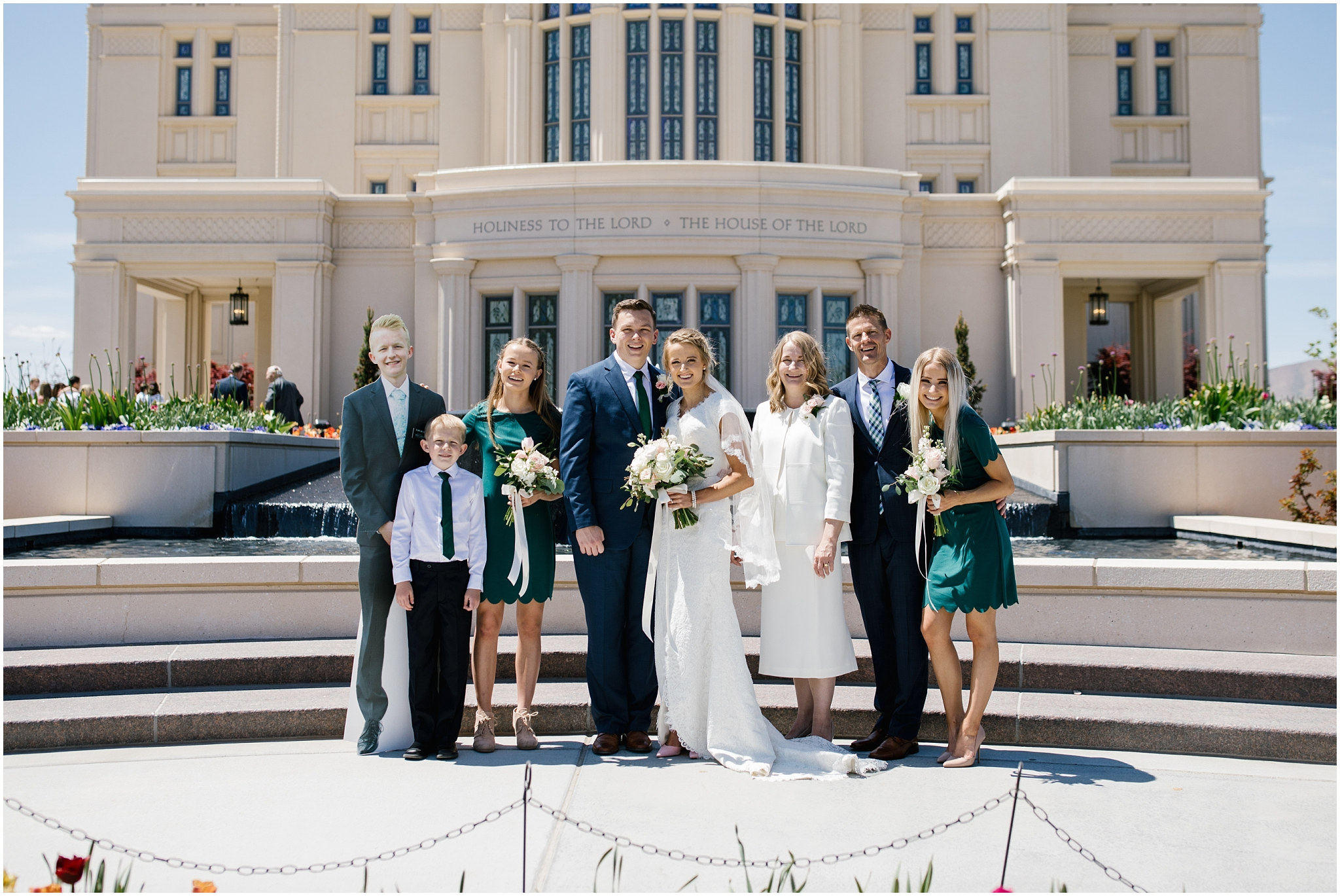 Lizzie-B-Imagery-Utah-Wedding-Photographer-Thanksgiving-Point-Payson-Temple_0042.jpg