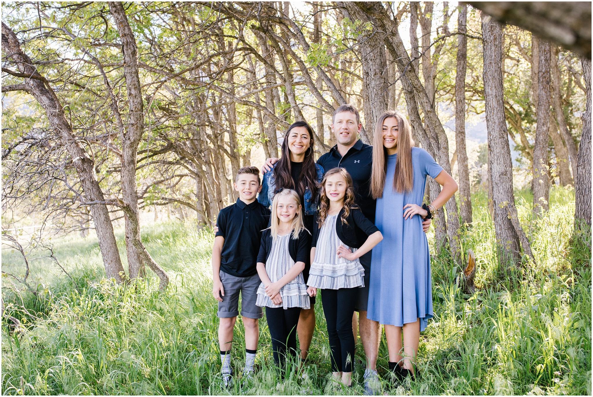 Bagley-31_Lizzie-B-Imagery-Utah-Family-Photographer-Central-Utah-Photographer-Utah-County-Extended-Family.jpg