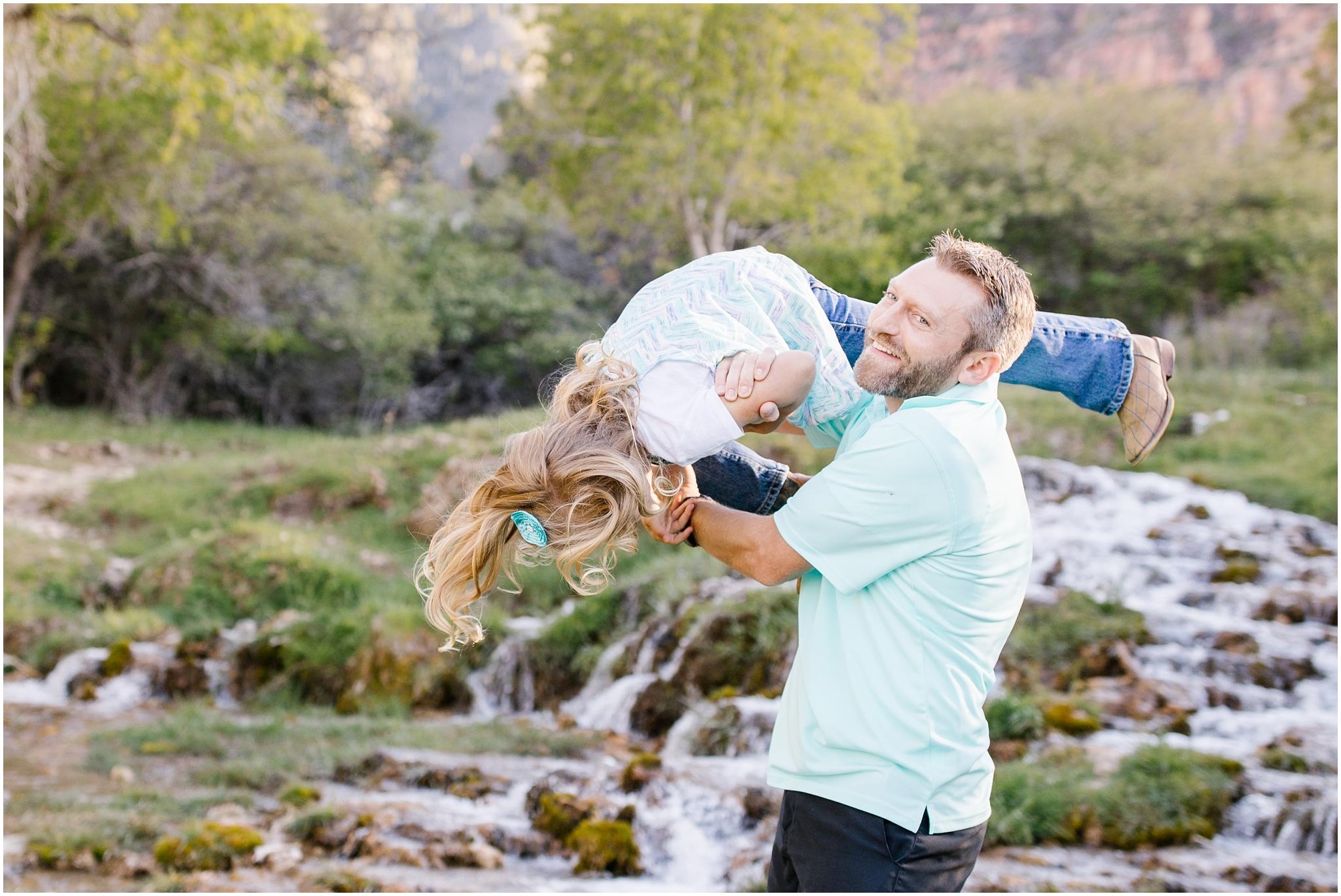 Bagley-77_Lizzie-B-Imagery-Utah-Family-Photographer-Central-Utah-Photographer-Utah-County-Extended-Family.jpg