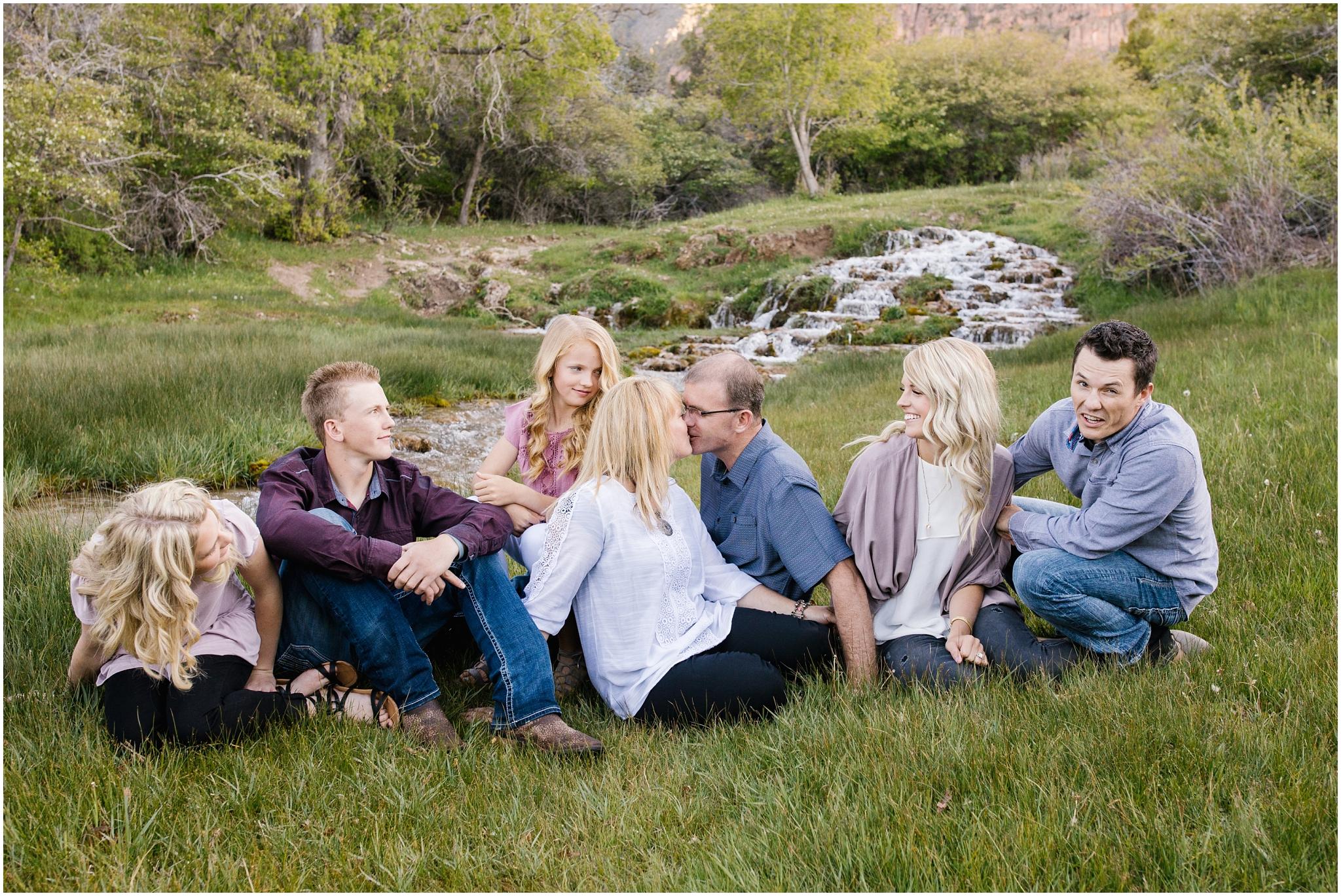 Bagley-100_Lizzie-B-Imagery-Utah-Family-Photographer-Central-Utah-Photographer-Utah-County-Extended-Family.jpg