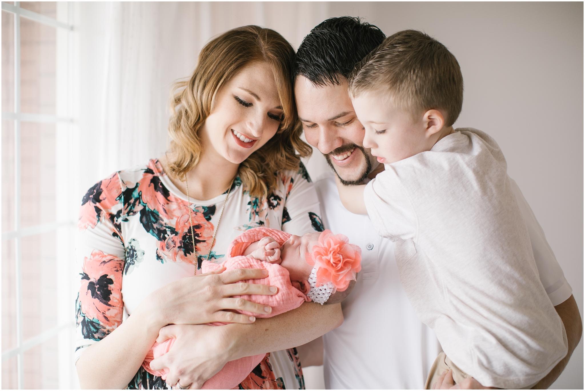 Autumn-1_Lizzie-B-Imagery-Utah-Family-Photographer-Central-Utah-Photographer-Utah-County-Newborn.jpg