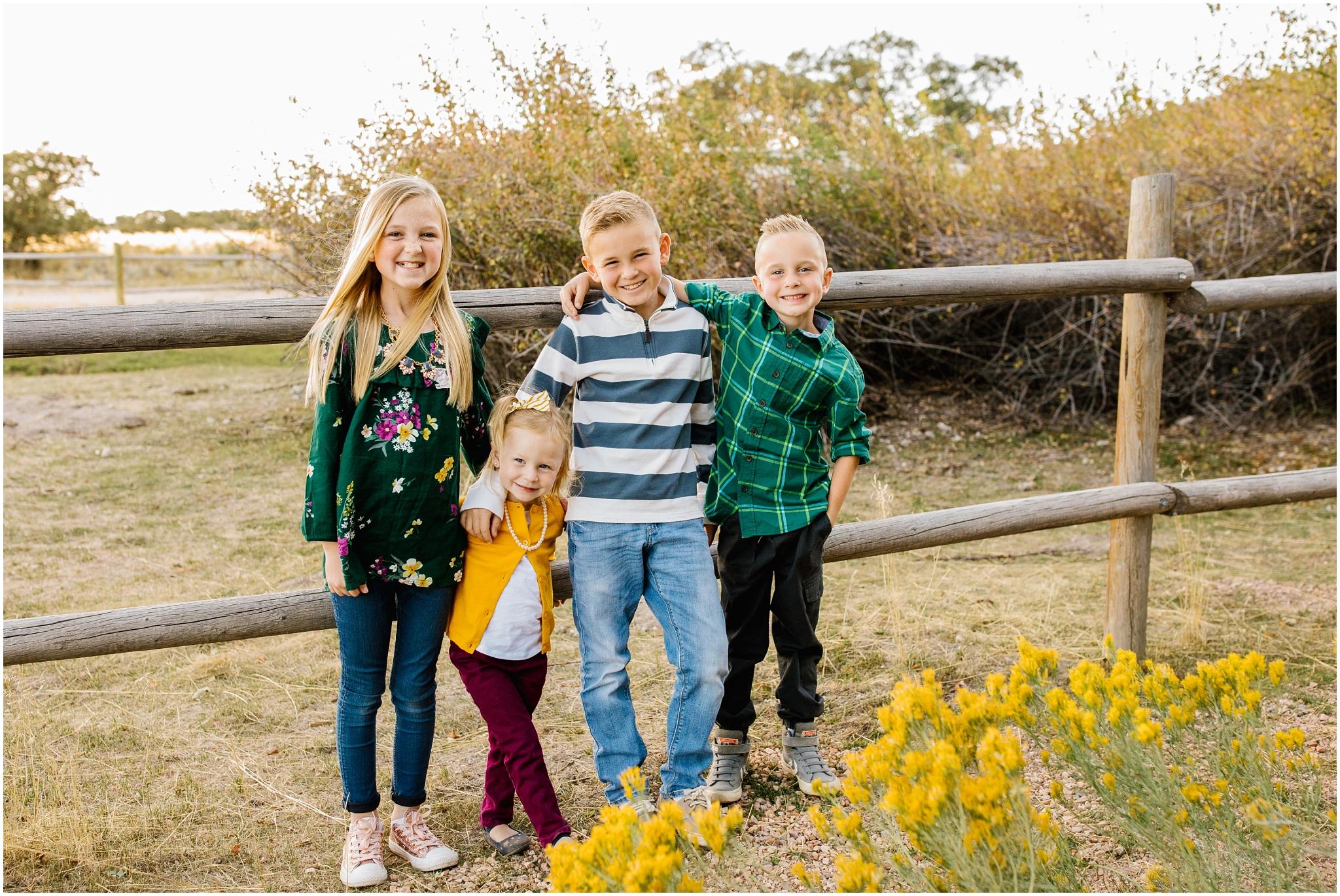 CominMini-57_Lizzie-B-Imagery-Utah-Family-Photographer-Utah-County-Central-Utah-Park-City-Salt-Lake-City.jpg