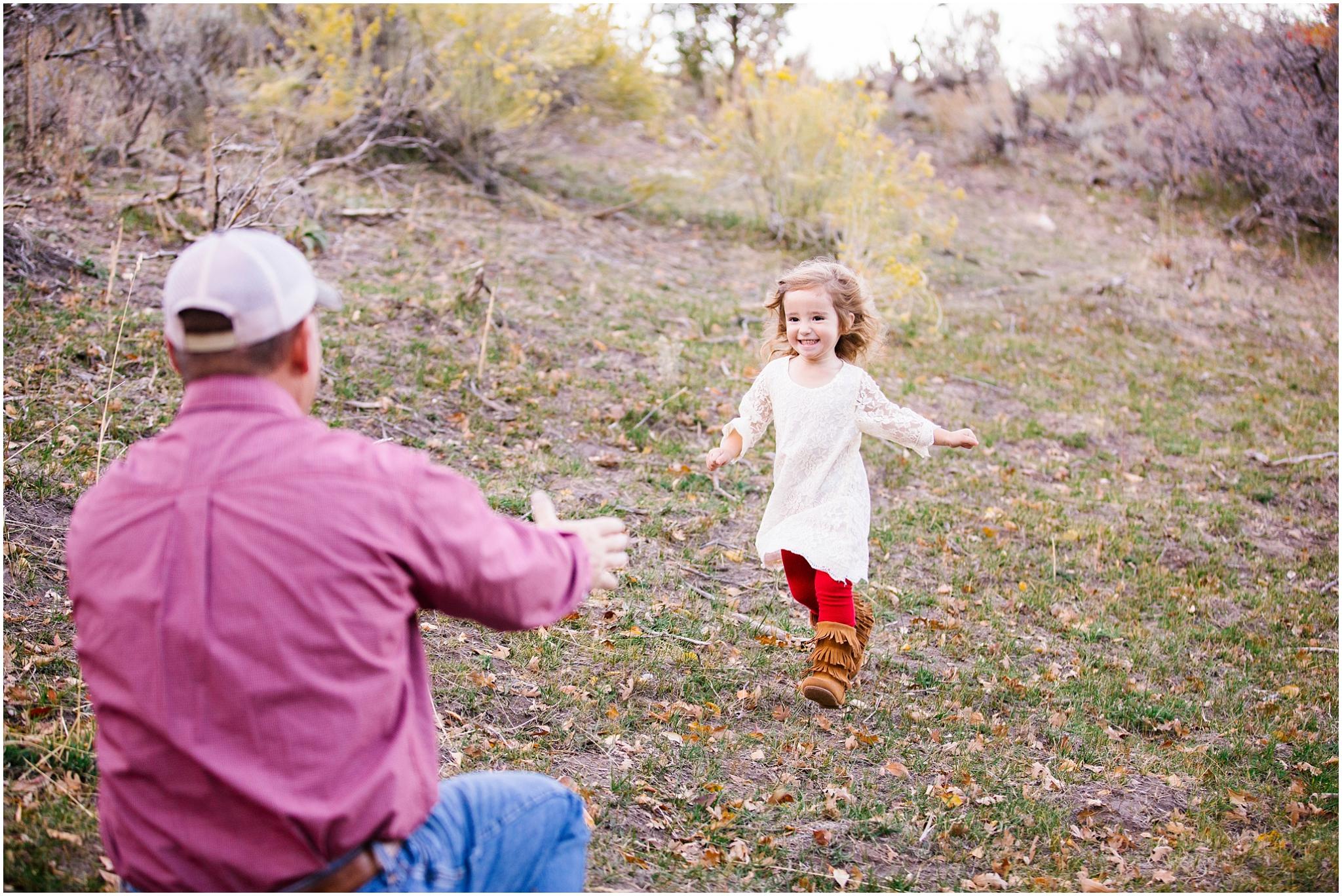 Young--36WEB_Lizzie-B-Imagery-Utah-Family-Photographer-Salt-Lake-City-Utah-County-Park-City.jpg