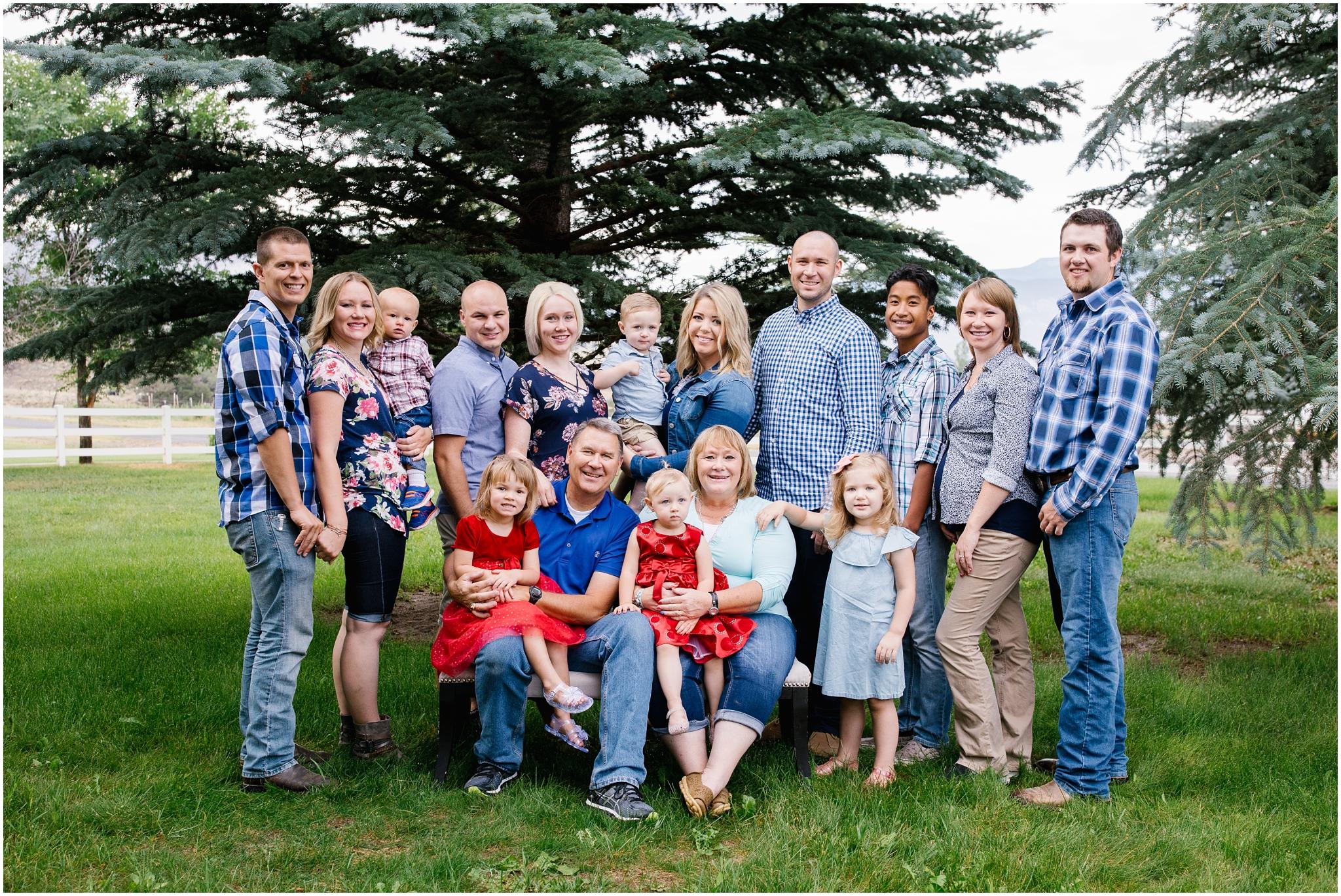 Brinkerhoff-6_Lizzie-B-Imagery-Utah-Family-Photographer-Central-Utah-Photographer-Utah-County-Extended-Family-Session.jpg