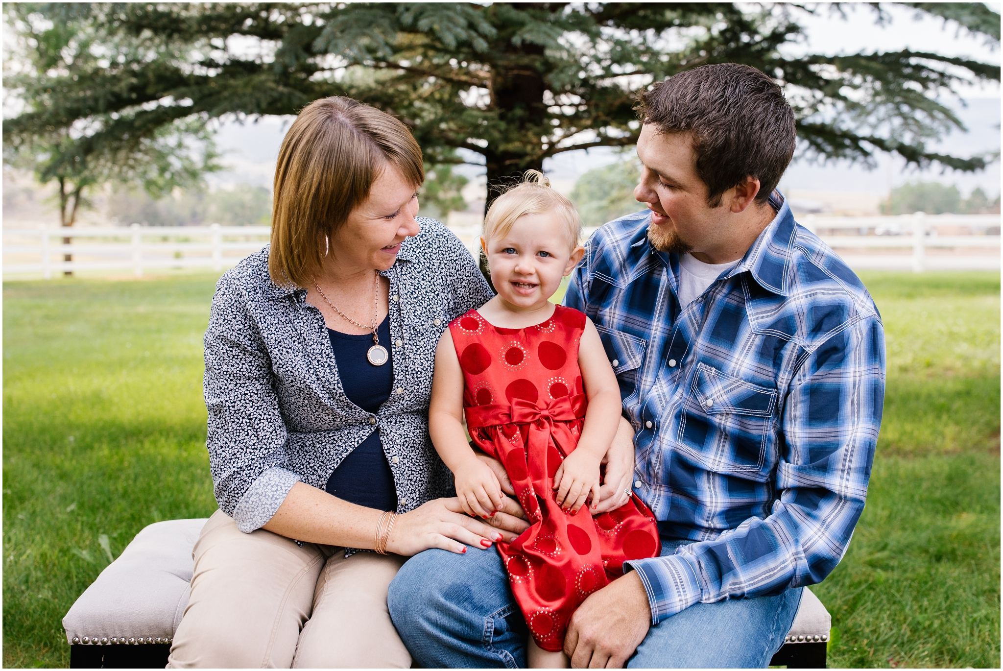 Brinkerhoff-39_Lizzie-B-Imagery-Utah-Family-Photographer-Central-Utah-Photographer-Utah-County-Extended-Family-Session.jpg