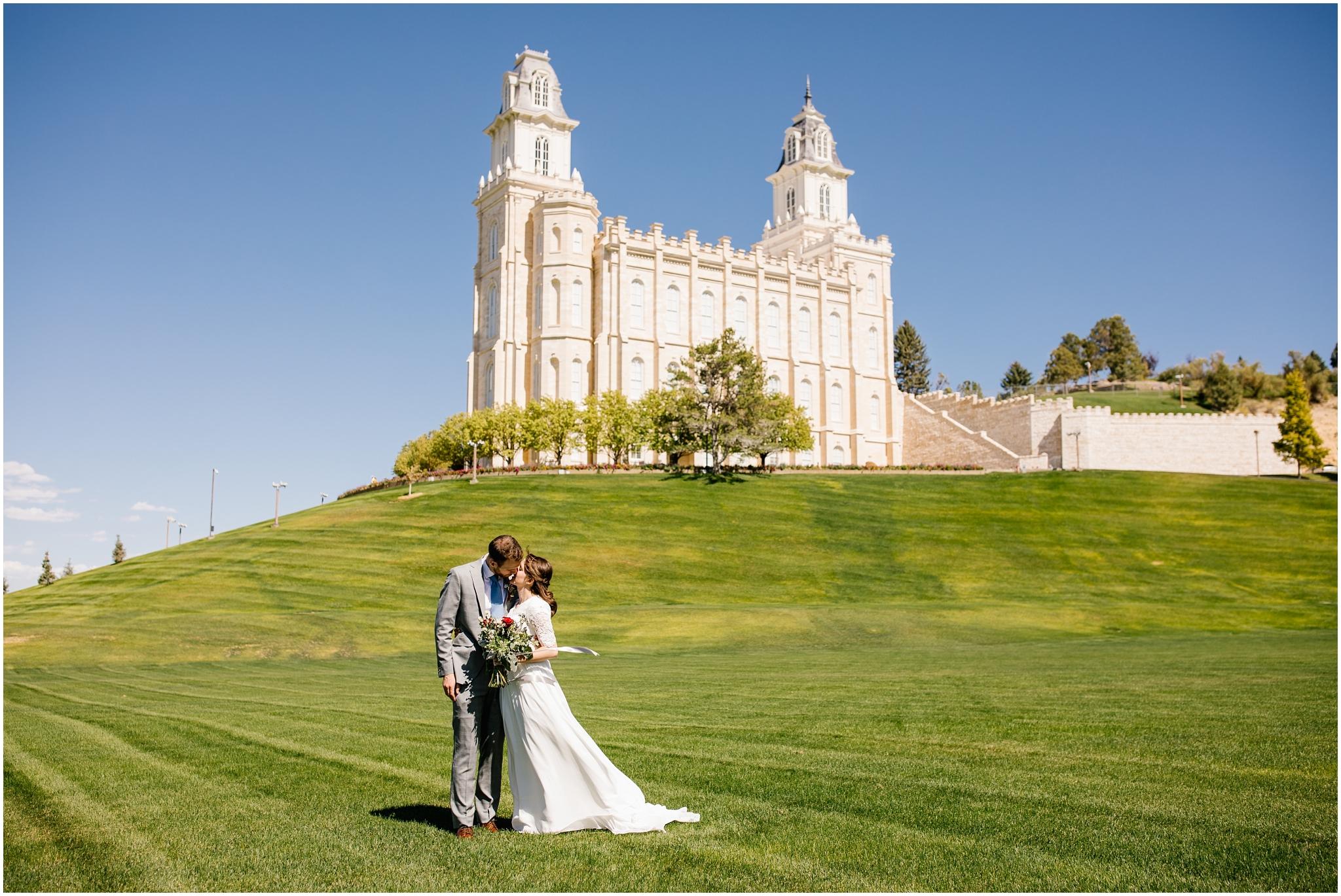 BrynneWinston-79_Lizzie-B-Imagery-Utah-Wedding-Photographer-Utah-County-Manti-Temple.jpg