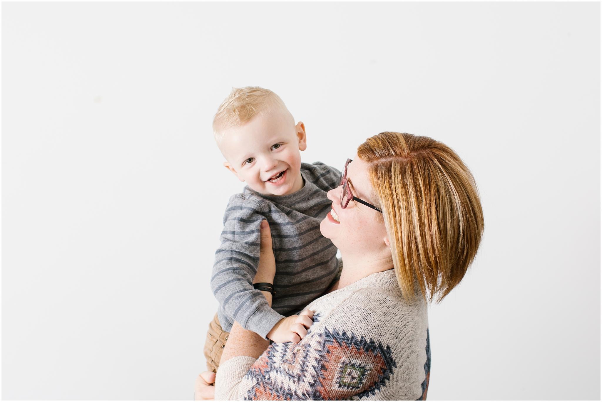 MommyandMe-3_Lizzie-B-Imagery-Utah-Family-Photographer-Mommy-and-Me-Utah-County-Salt-Lake-City-Park-City.jpg