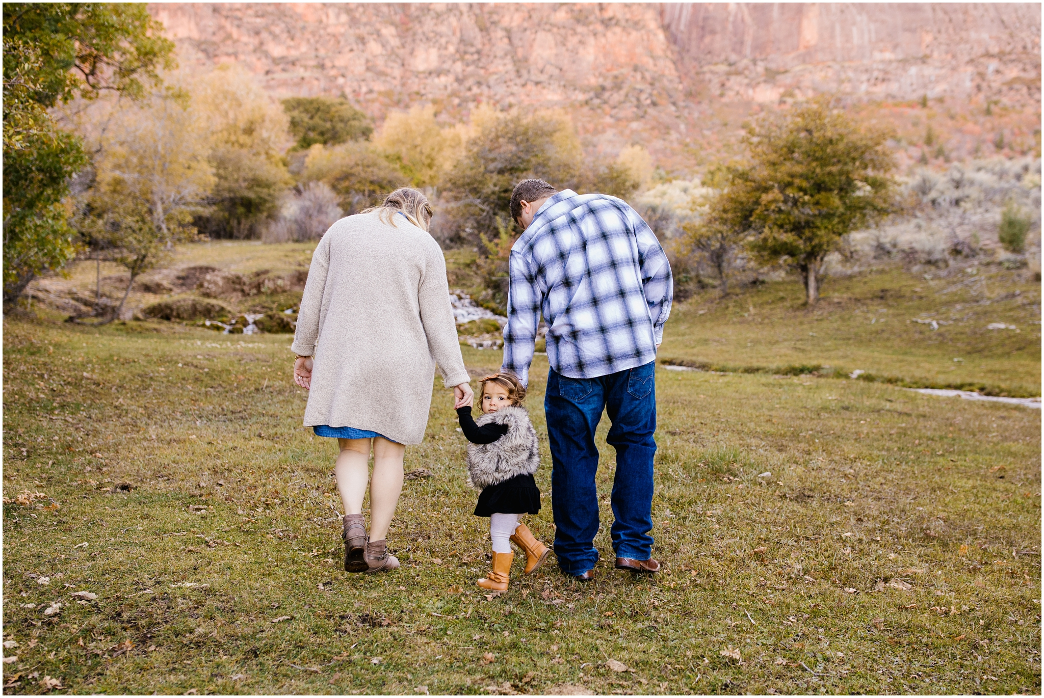 Frandsen-11_Lizzie-B-Imagery-Utah-Family-Photographer-Utah-County-Central-Utah-Park-City-Salt-Lake-City.jpg