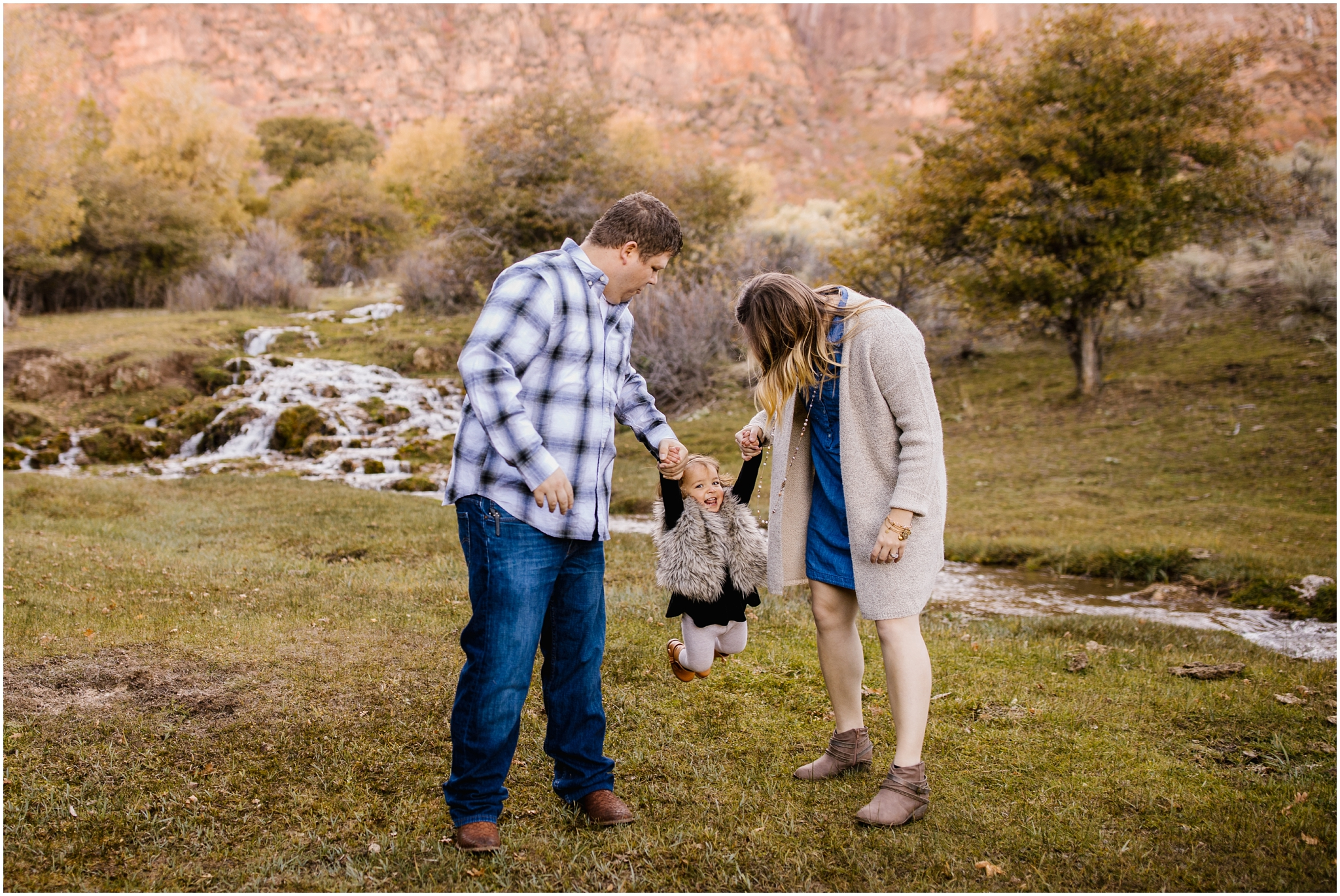 Frandsen-39_Lizzie-B-Imagery-Utah-Family-Photographer-Utah-County-Central-Utah-Park-City-Salt-Lake-City.jpg