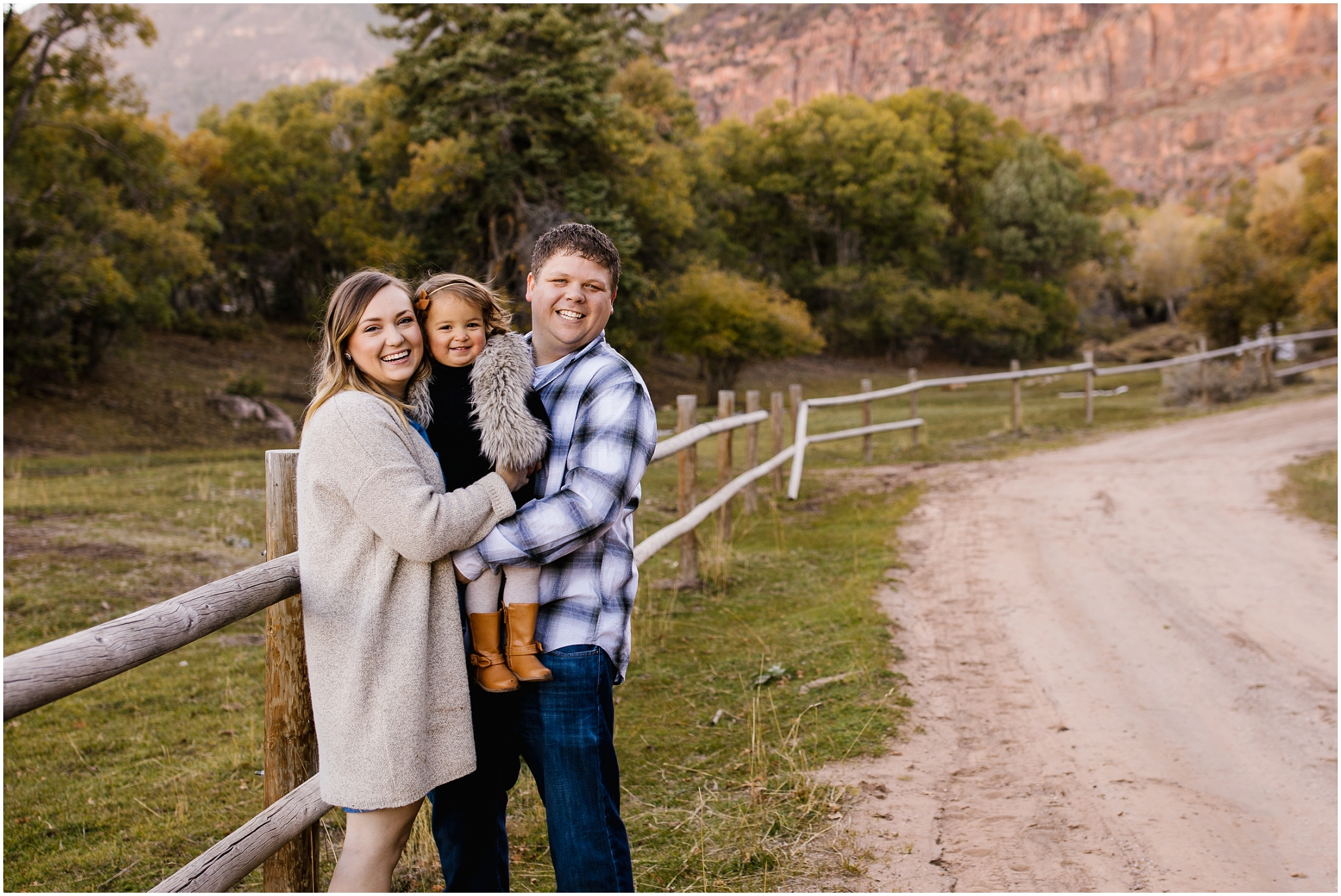 Frandsen-56_Lizzie-B-Imagery-Utah-Family-Photographer-Utah-County-Central-Utah-Park-City-Salt-Lake-City.jpg