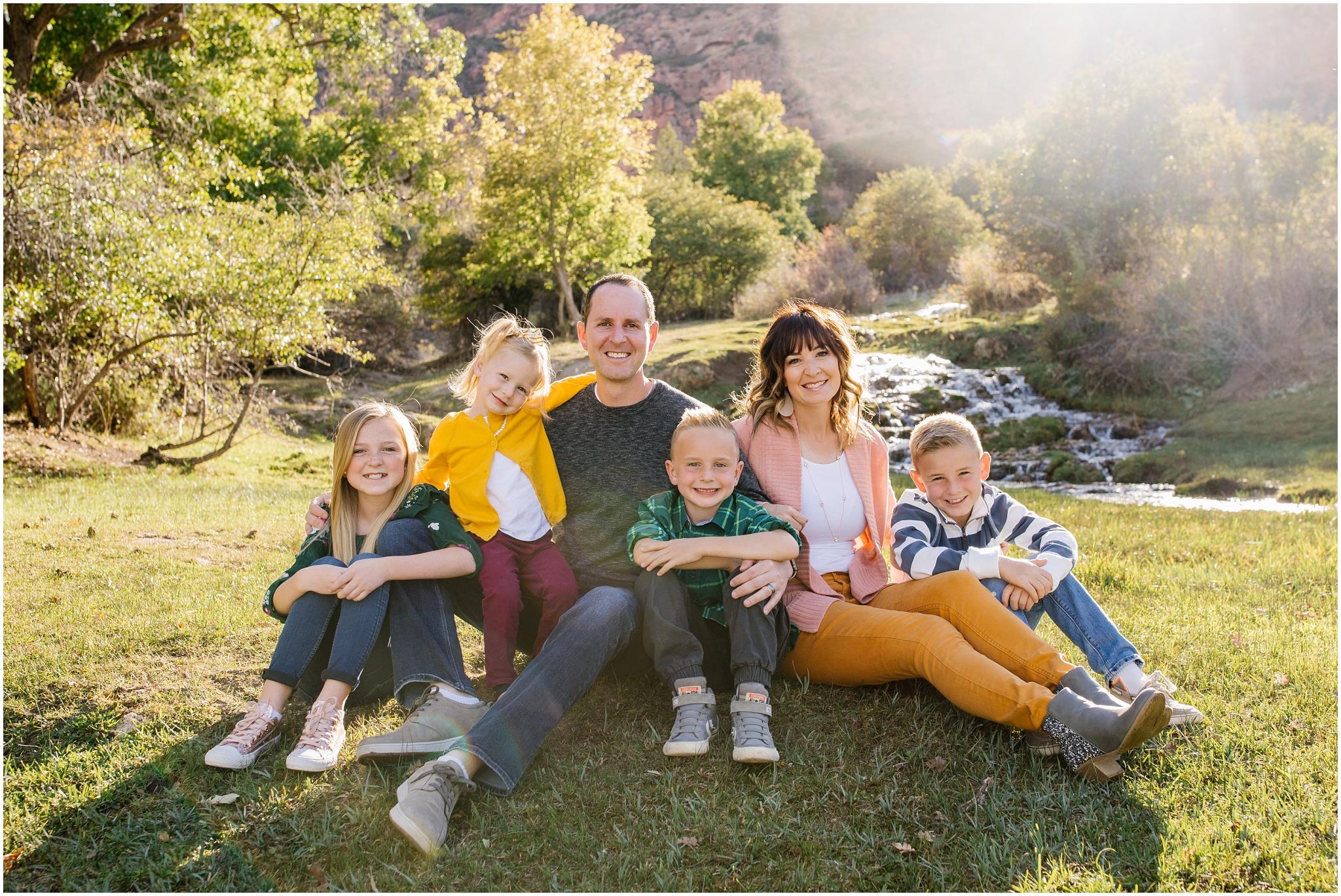 CominMini-9_Lizzie-B-Imagery-Utah-Family-Photographer-Utah-County-Central-Utah-Park-City-Salt-Lake-City.jpg