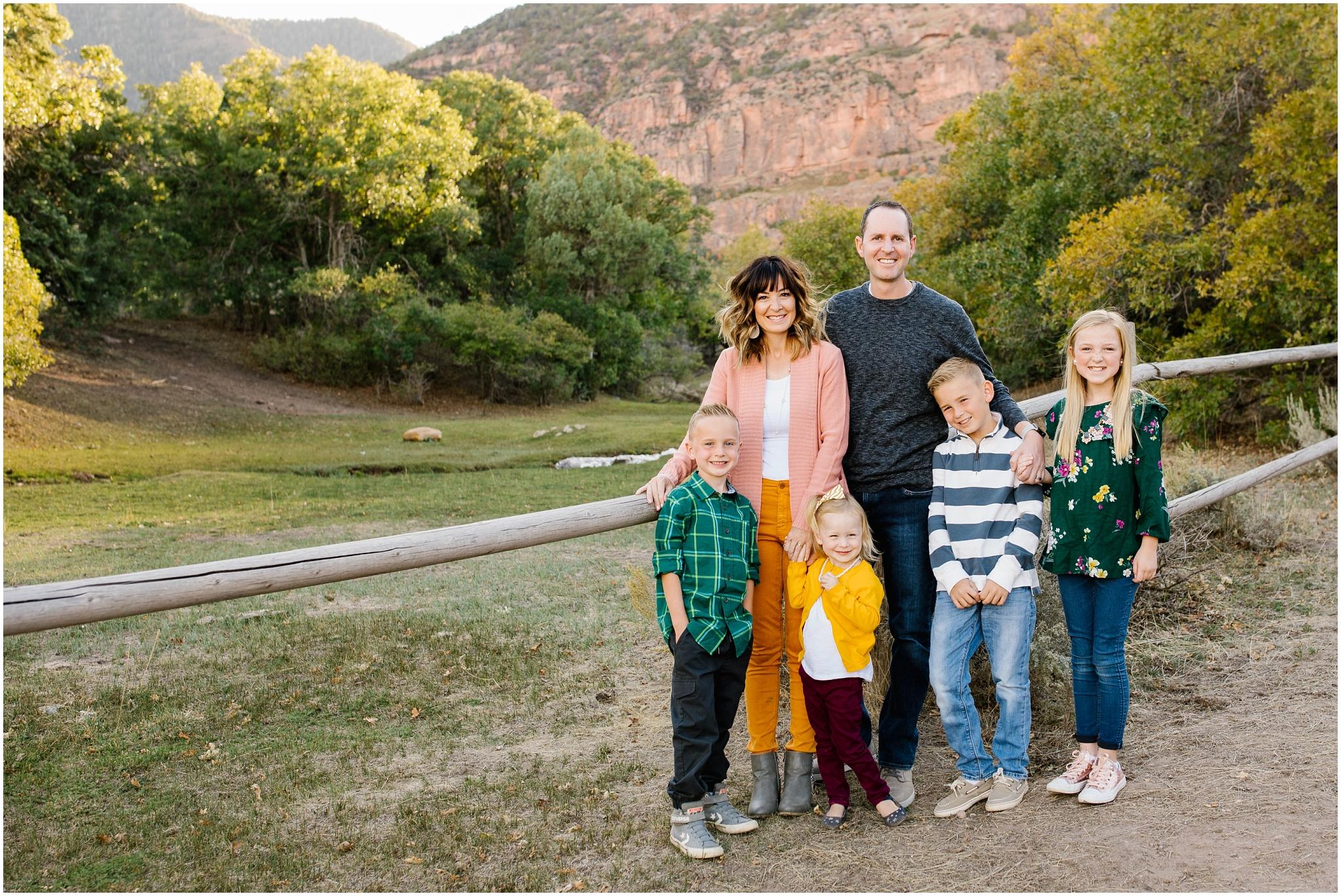 CominMini-34_Lizzie-B-Imagery-Utah-Family-Photographer-Utah-County-Central-Utah-Park-City-Salt-Lake-City.jpg