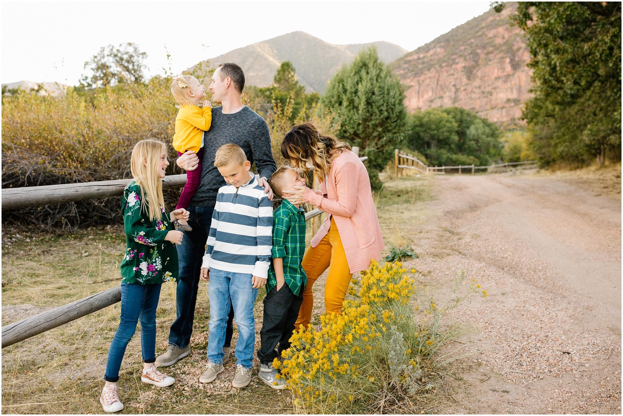 CominMini-53_Lizzie-B-Imagery-Utah-Family-Photographer-Utah-County-Central-Utah-Park-City-Salt-Lake-City.jpg