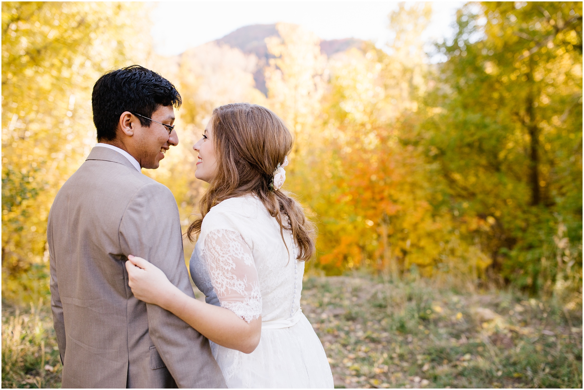 HE-BRIDALS-44_Lizzie-B-Imagery-Utah-Wedding-Photographer-Central-Utah-Park-City-Salt-Lake-City-Hobble-Creek-Canyon-Springville.jpg