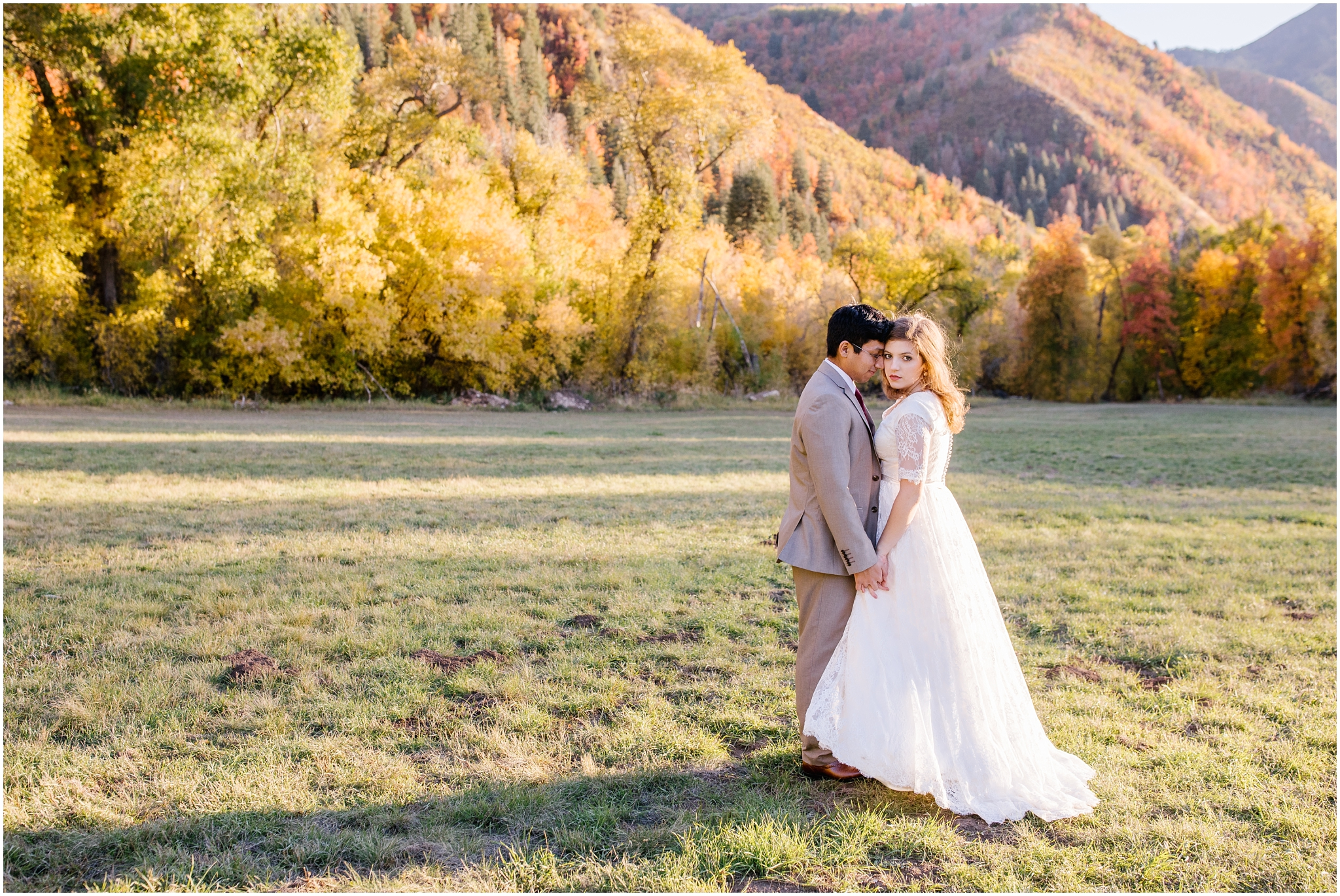 HE-BRIDALS-75_Lizzie-B-Imagery-Utah-Wedding-Photographer-Central-Utah-Park-City-Salt-Lake-City-Hobble-Creek-Canyon-Springville.jpg
