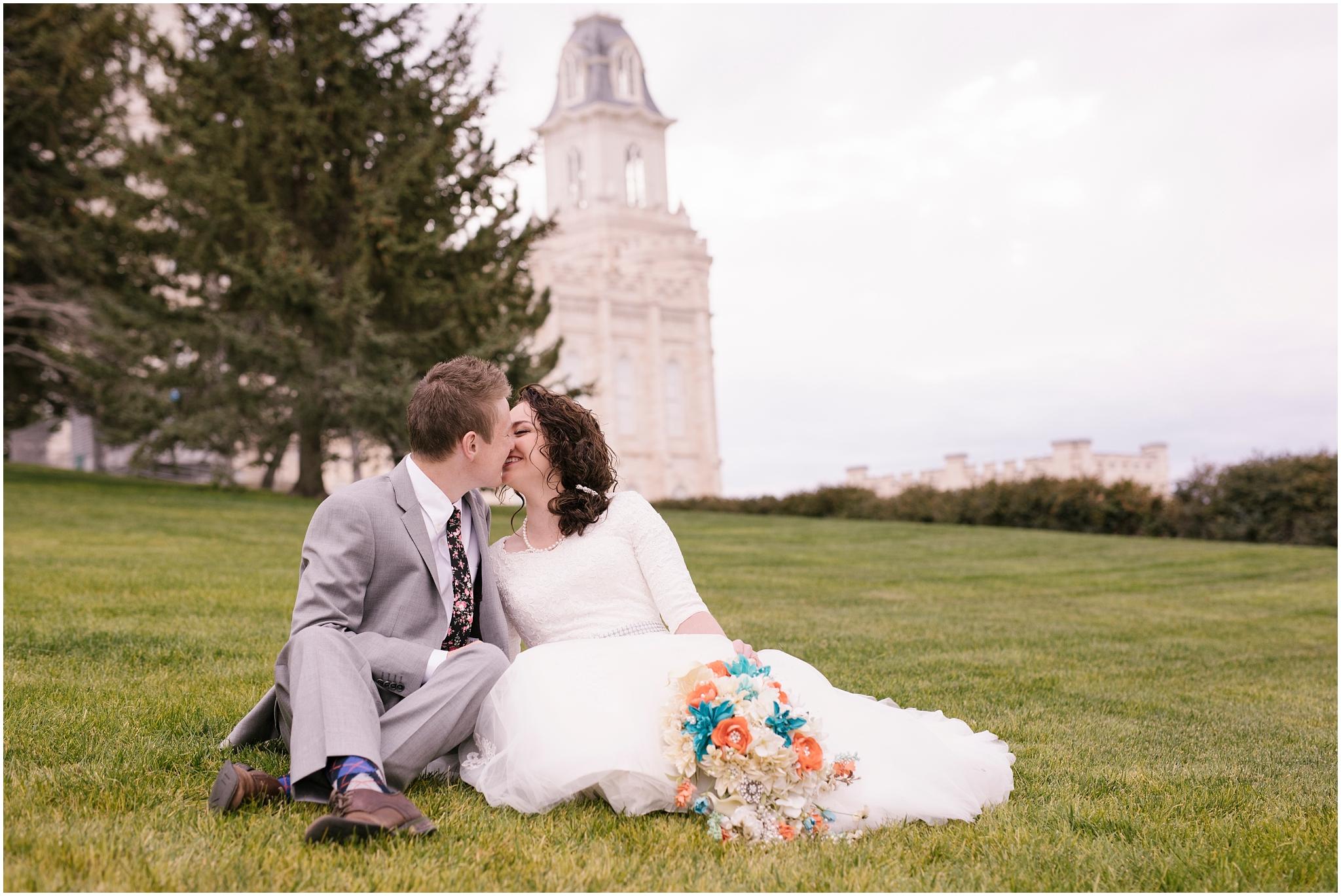 BA-Bridals-32_Lizzie-B-Imagery-Utah-Wedding-Photographer-Central-Utah-Photographer-Utah-County-Manti-Utah-Temple.jpg