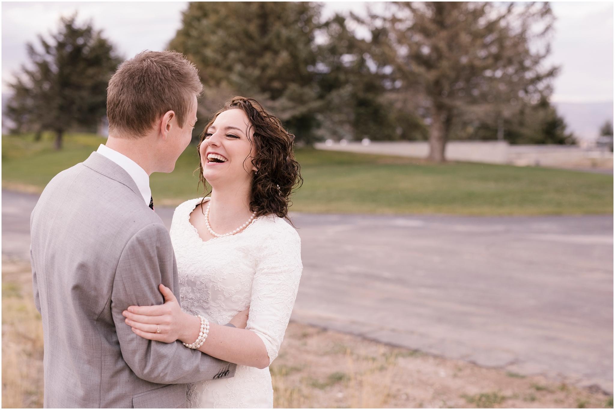 BA-Bridals-70_Lizzie-B-Imagery-Utah-Wedding-Photographer-Central-Utah-Photographer-Utah-County-Manti-Utah-Temple.jpg