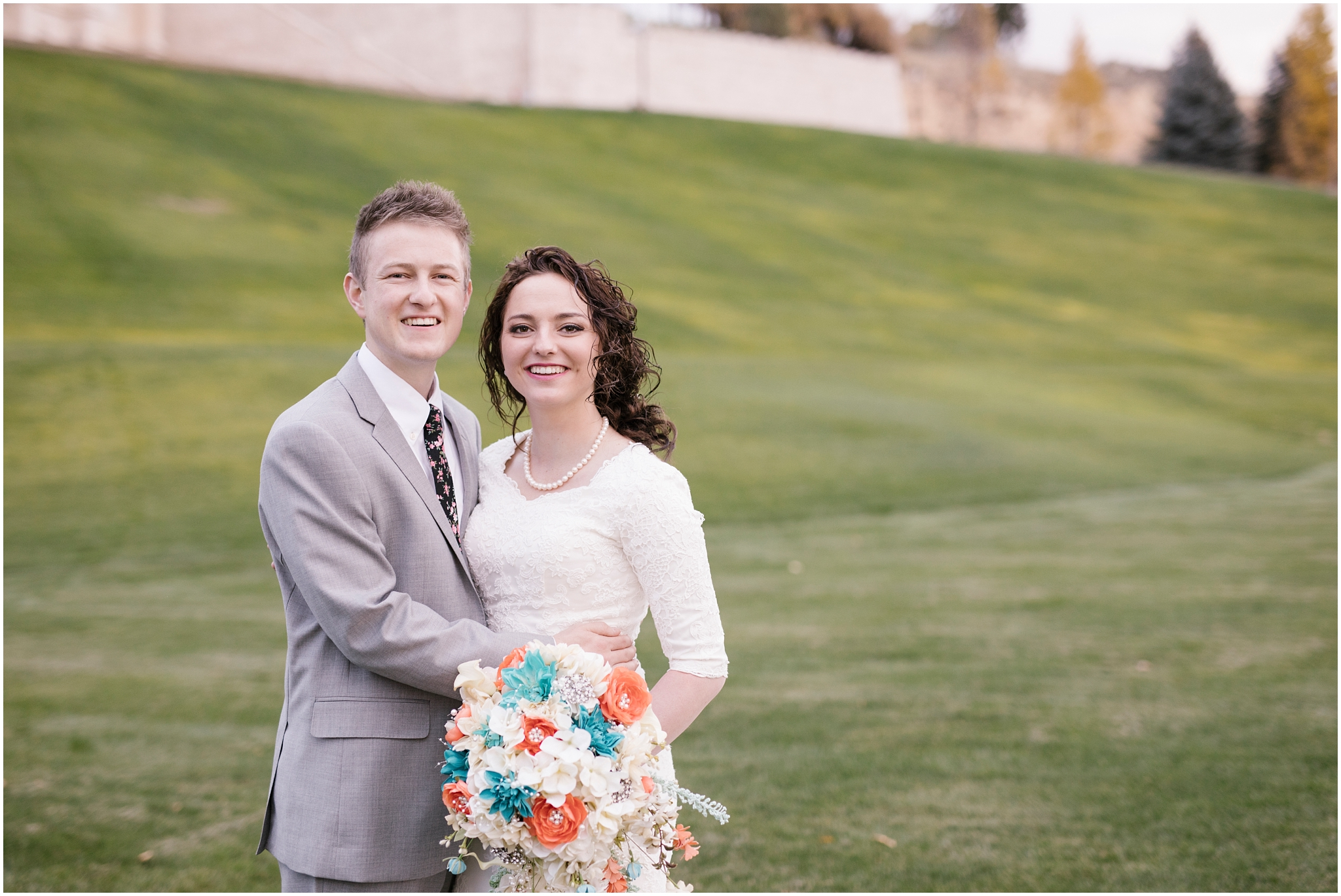 BA-Bridals-131_Lizzie-B-Imagery-Utah-Wedding-Photographer-Central-Utah-Photographer-Utah-County-Manti-Utah-Temple.jpg